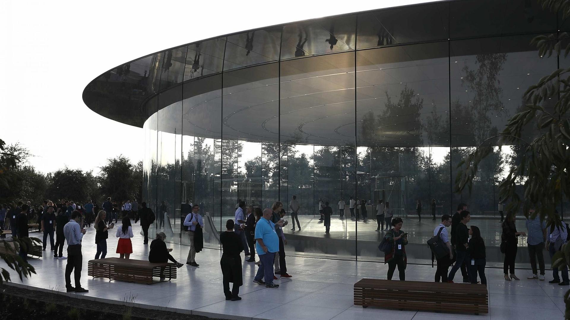 Paredes de vidro da nova sede da Apple já feriram três trabalhadores