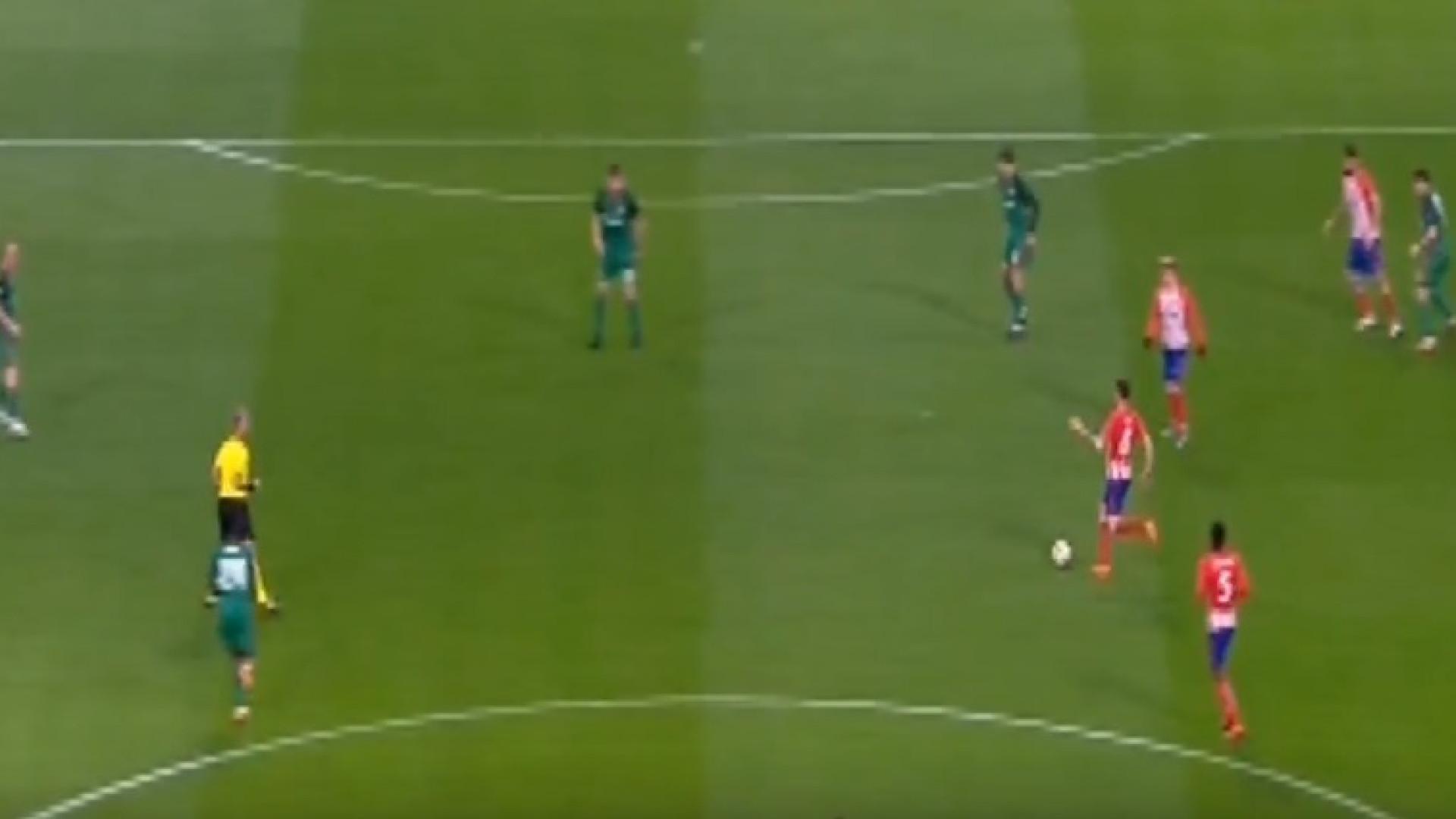 Saúl Ñíguez marca golaço e abre marcador frente ao Lokomotiv