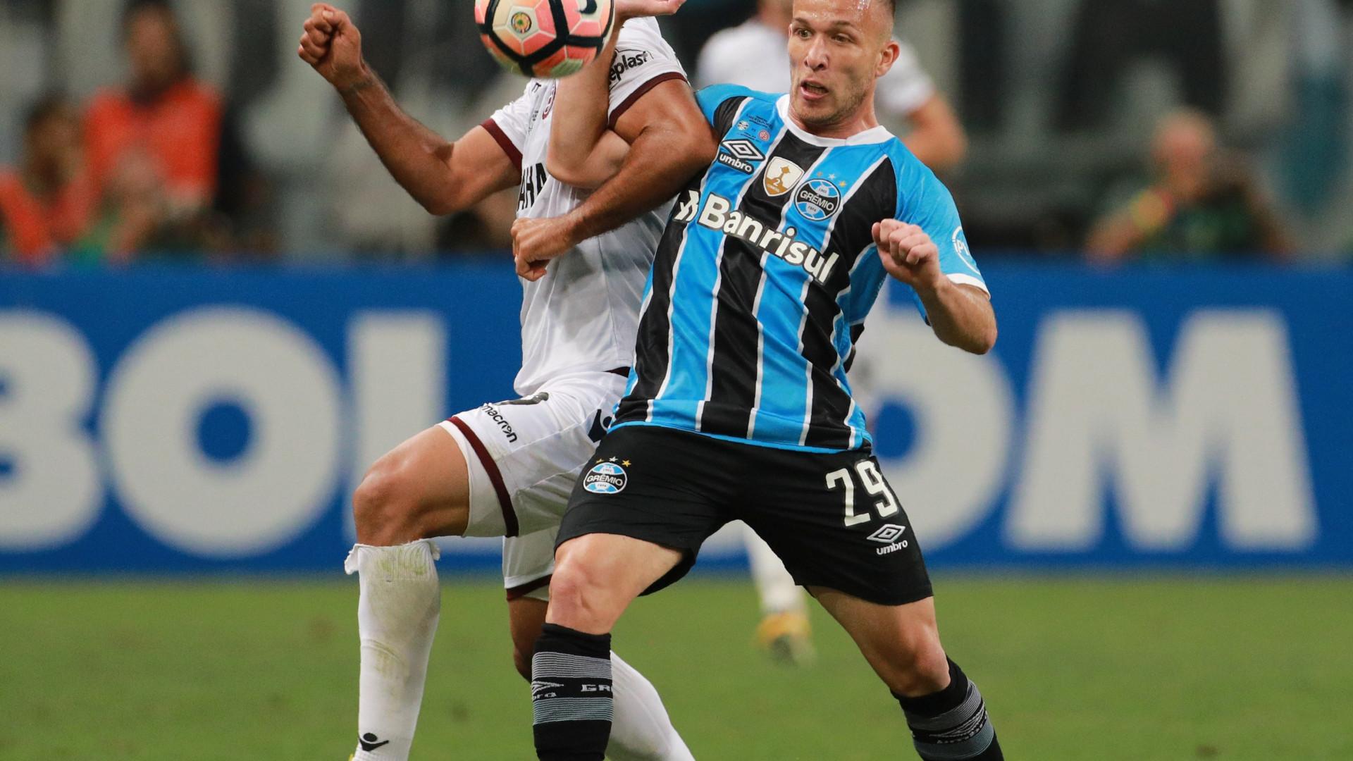 Fechado: Grémio acerta transferência de Arthur para o Barcelona