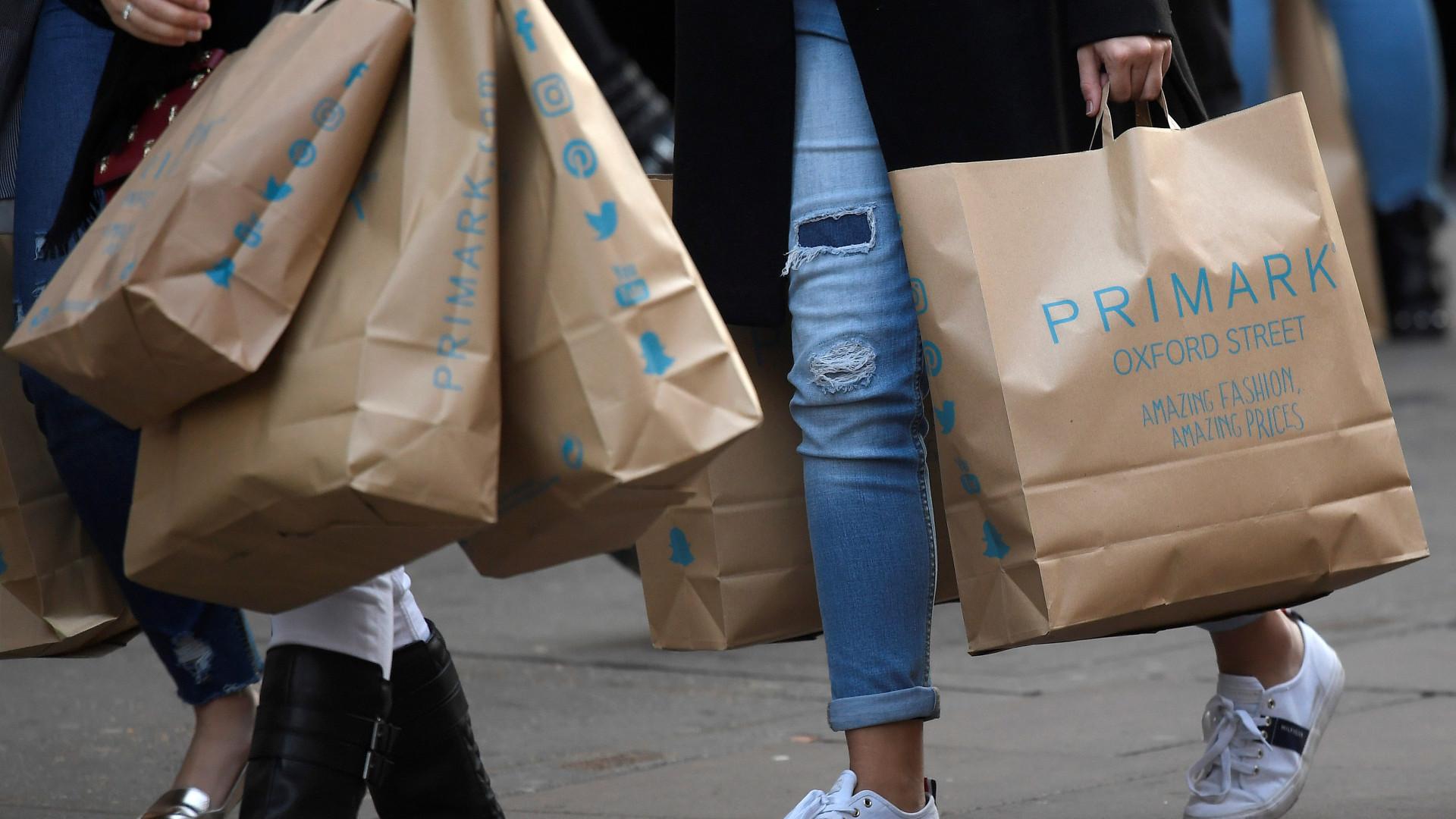 Primark retira produtos do mercado por risco de incêndio
