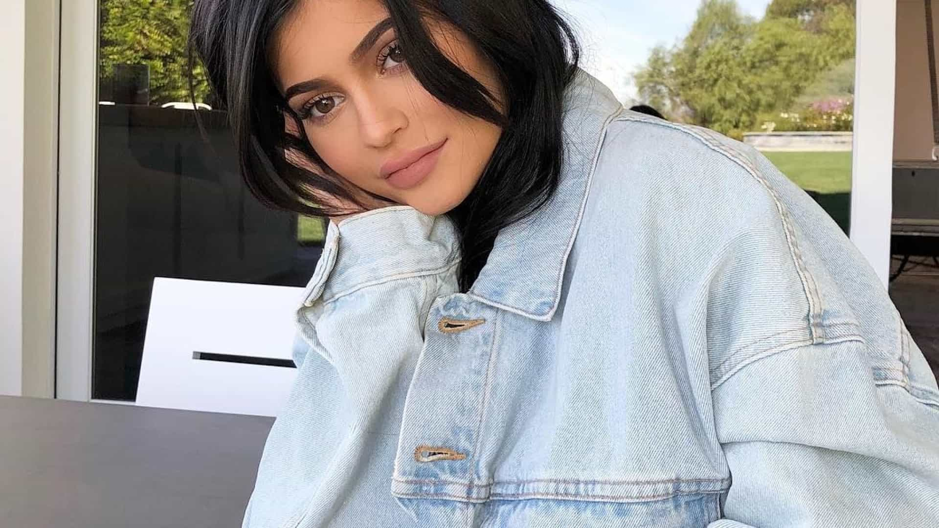 No interior do 'closet' milionário de Kylie Jenner