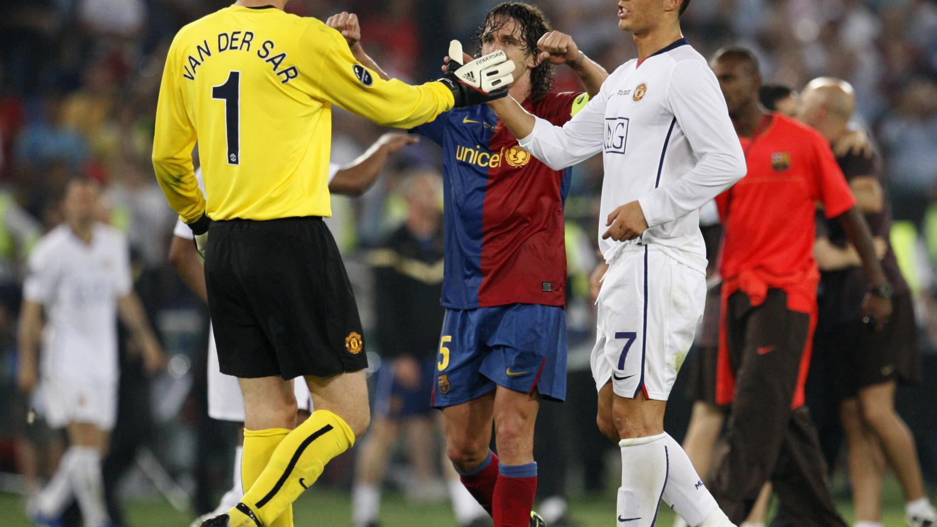 """""""Chama o guarda-redes das reservas!"""". Van der Sar conta como motivava CR7"""