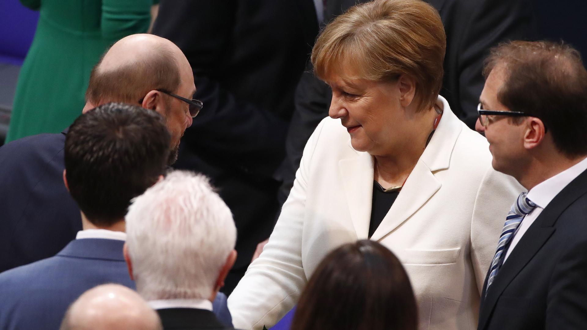 Angela Merkel eleita chanceler da Alemanha pela quarta vez
