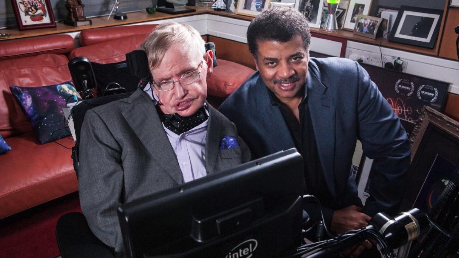 Google, Microsoft e NASA deixaram tributos a Stephen Hawking