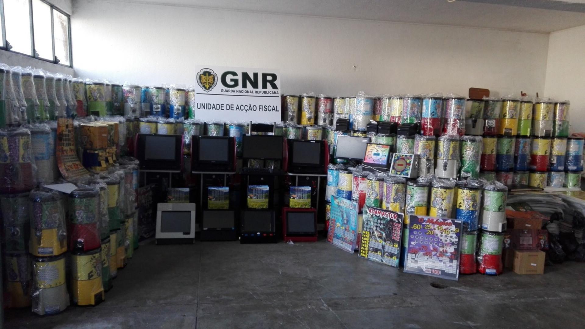 E-aposta: GNR apreende mais de 2 milhões de euros de jogo ilegal