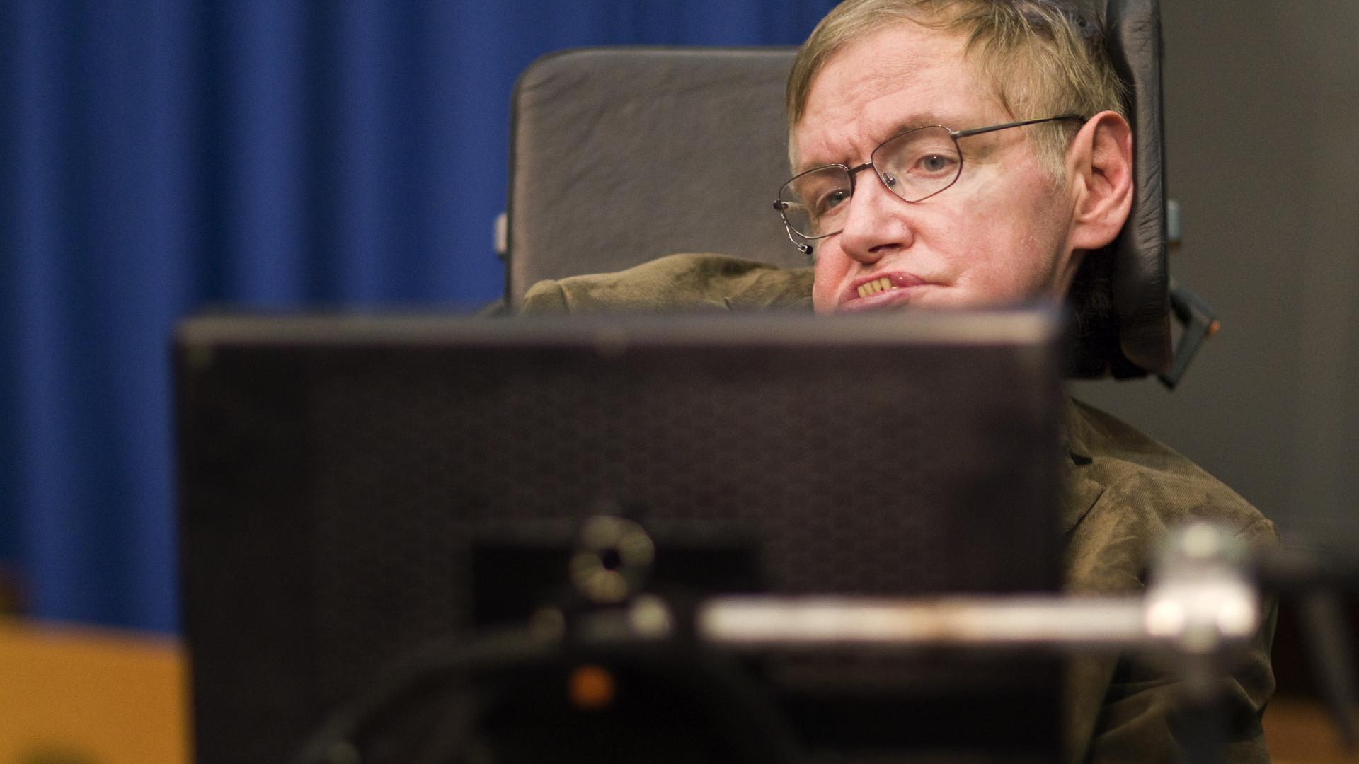 Stephen Hawking esteve pela primeira vez em Portugal em 1963
