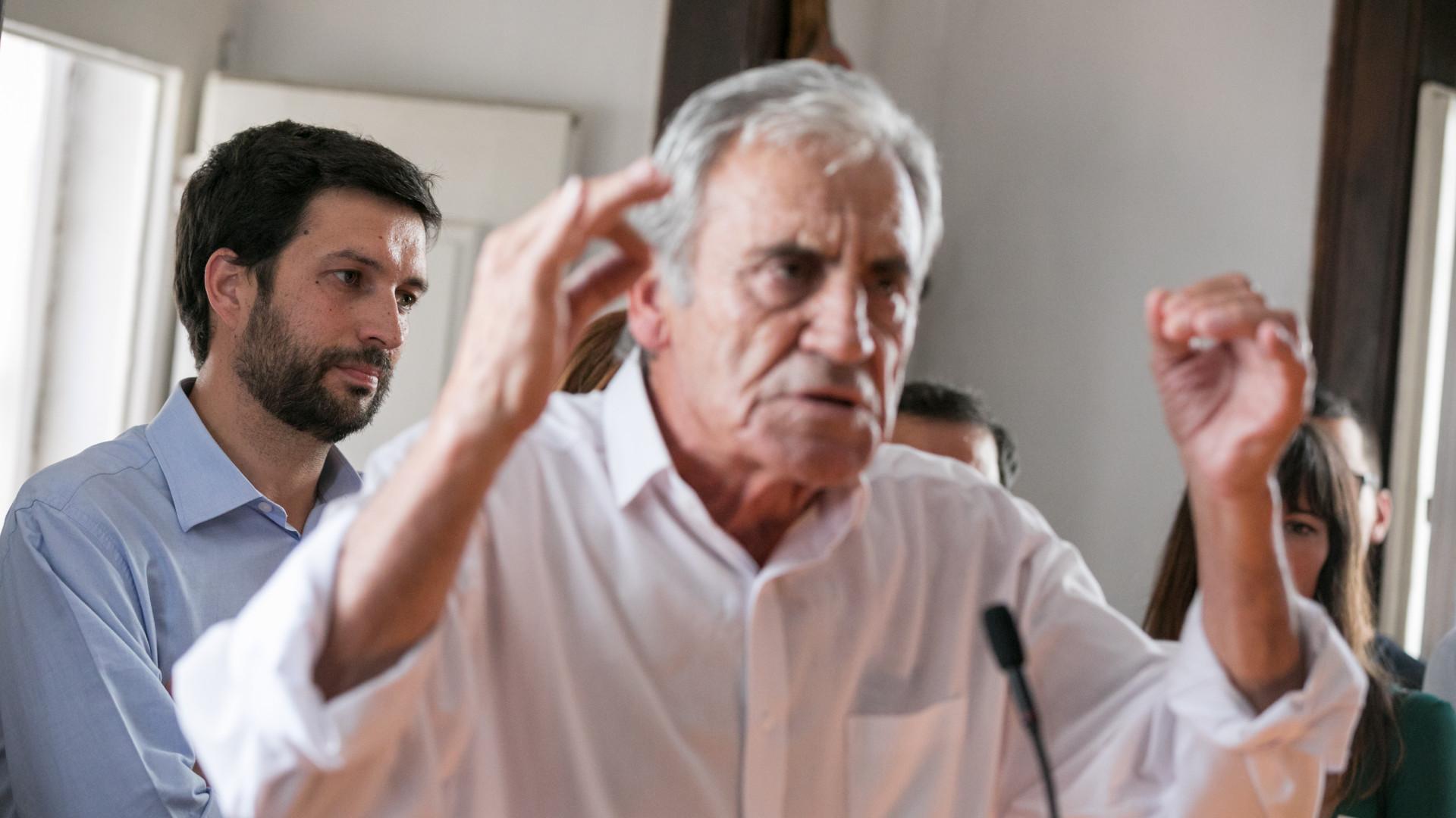 """Jerónimo de Sousa diz que não """"assina de cruz"""" o Orçamento do Estado"""