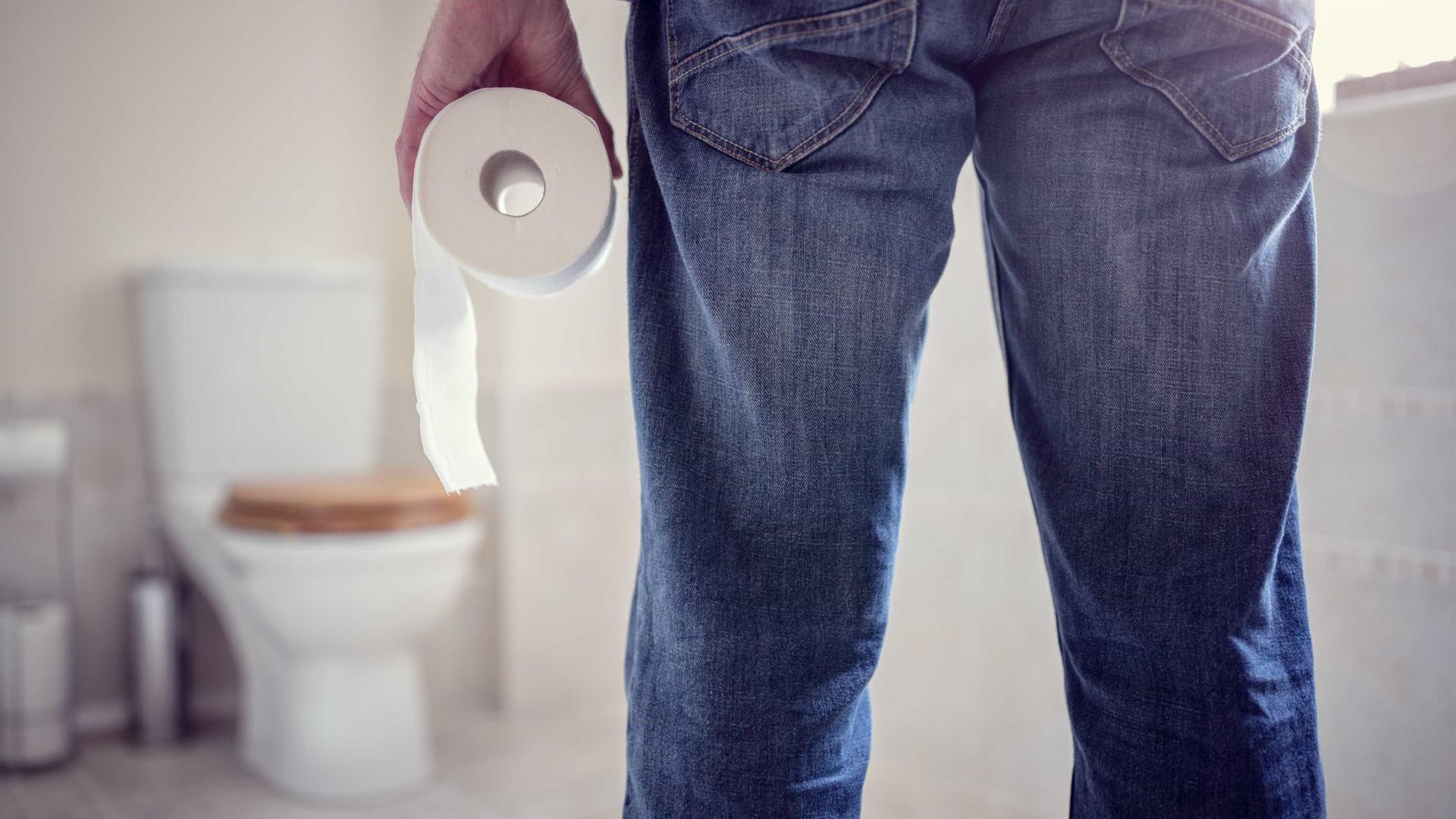 Equipamento visa melhorar limpeza das casas de banho públicas masculinas