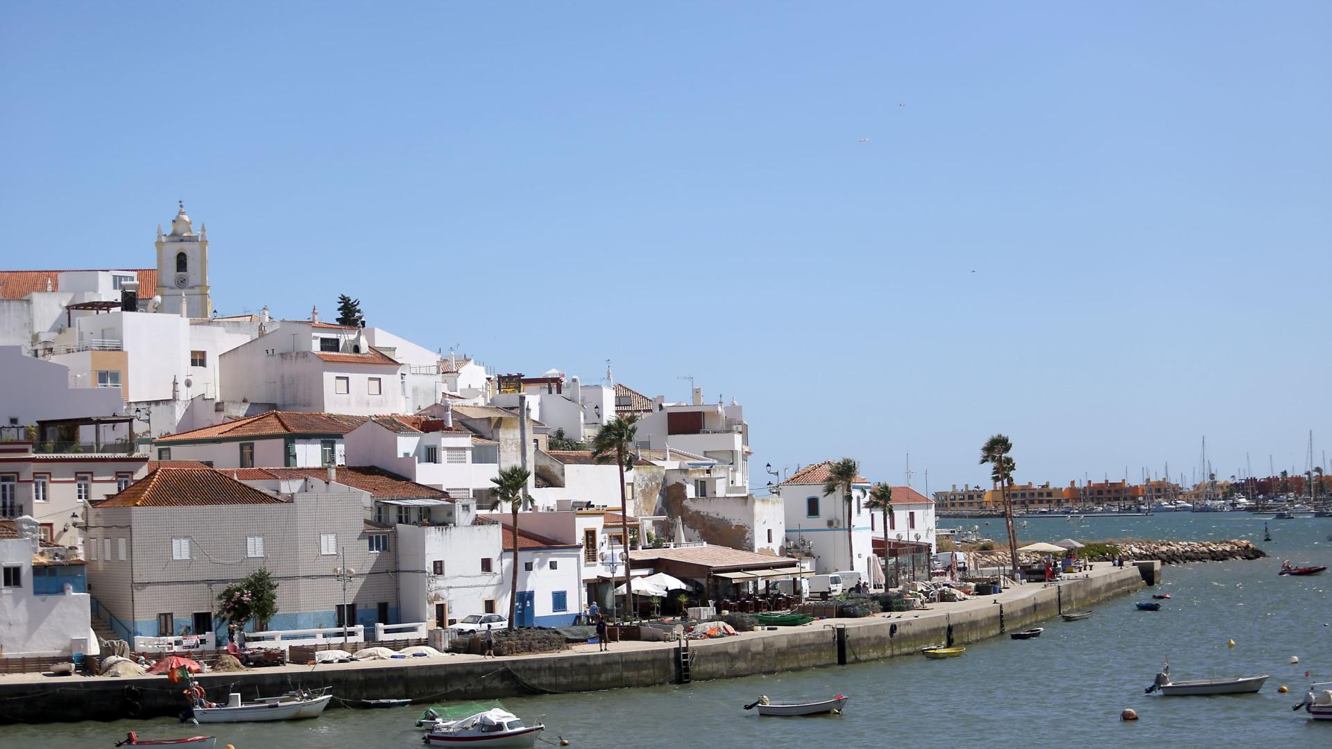 Lagoa recupera torre com 400 anos que alertava para saques de piratas