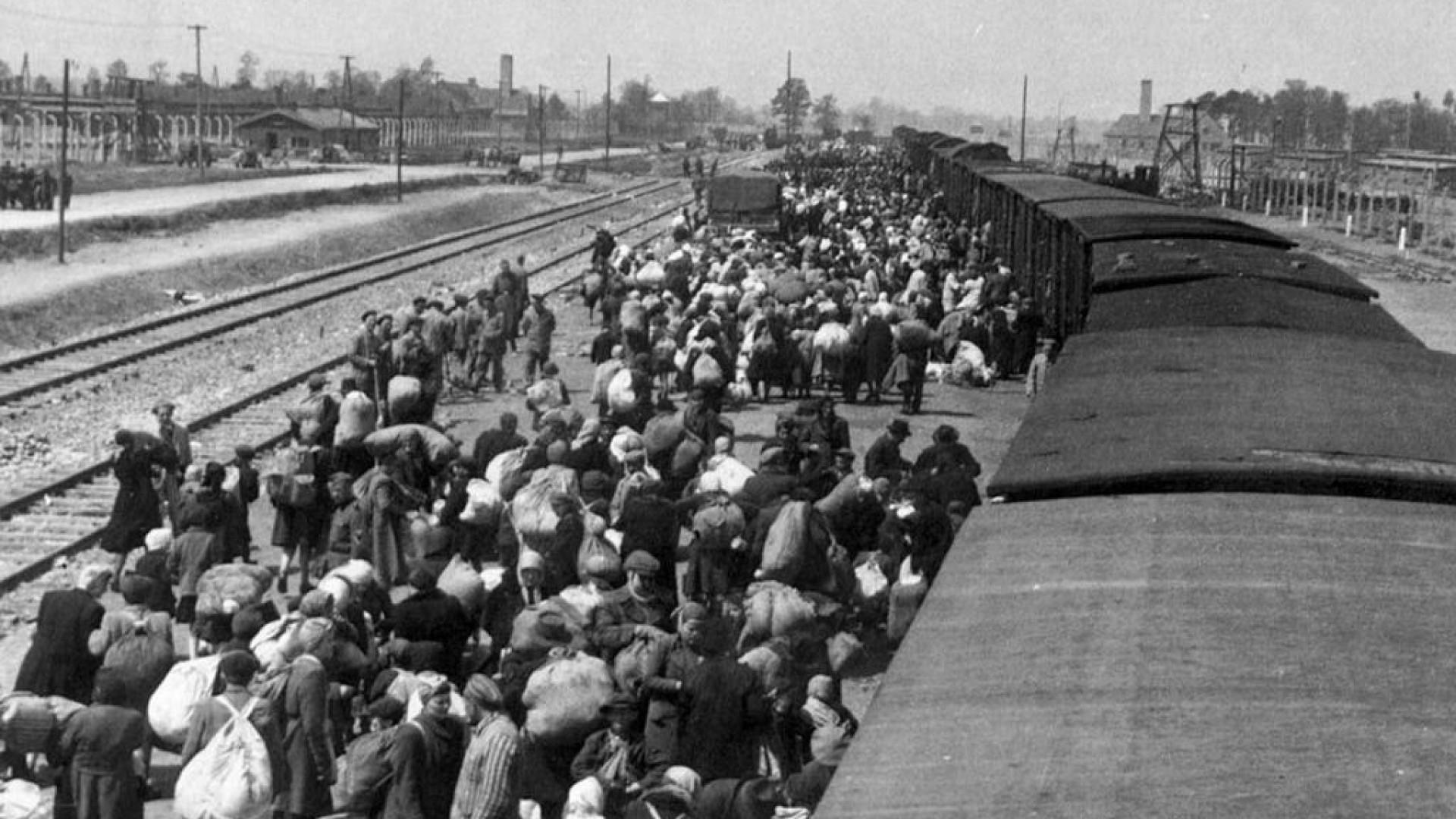 Antigo guarda de Auschwitz acusado de cumplicidade em homicídio em massa
