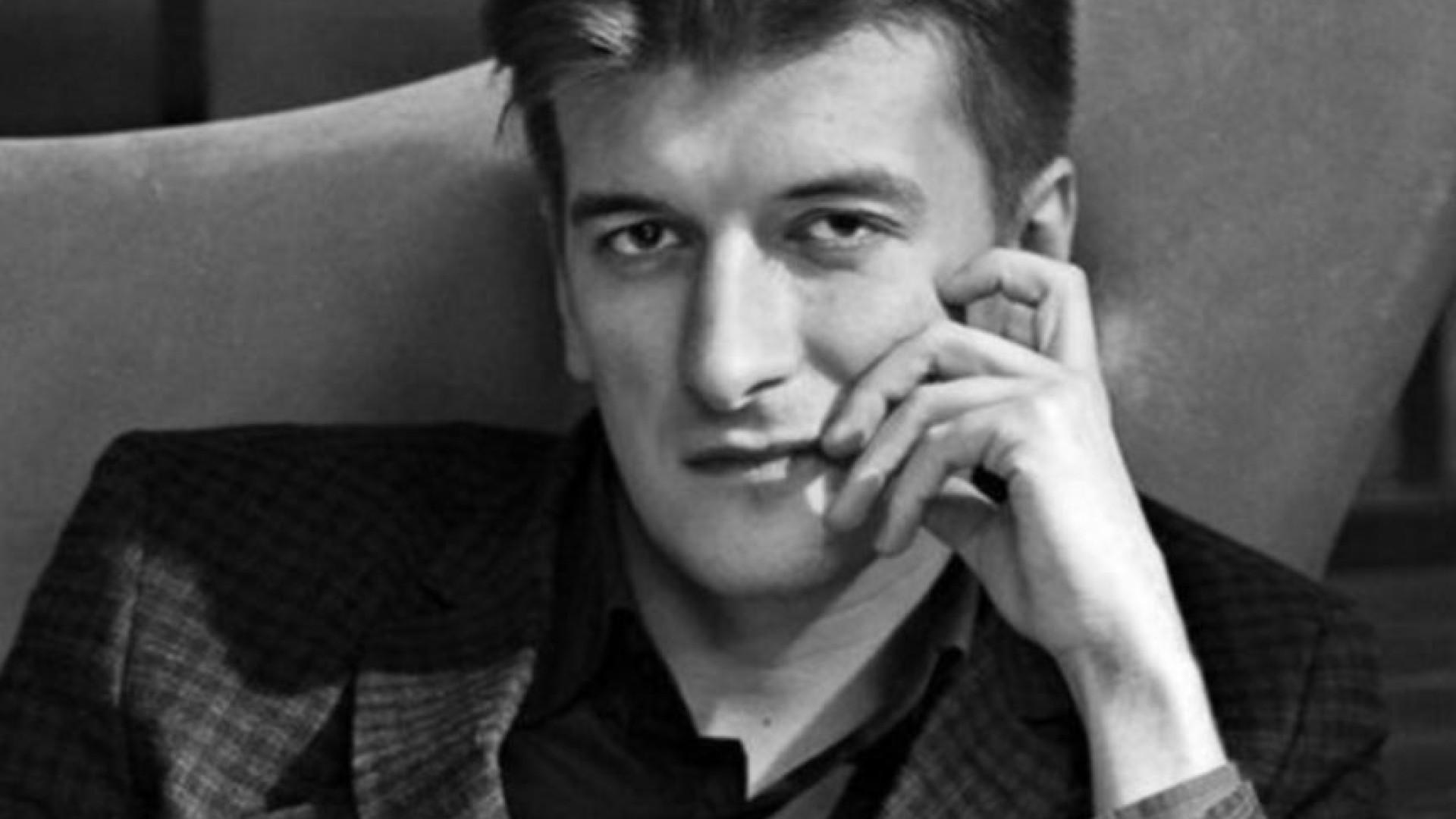 Jornalista russo morreu após queda suspeita de um quinto andar