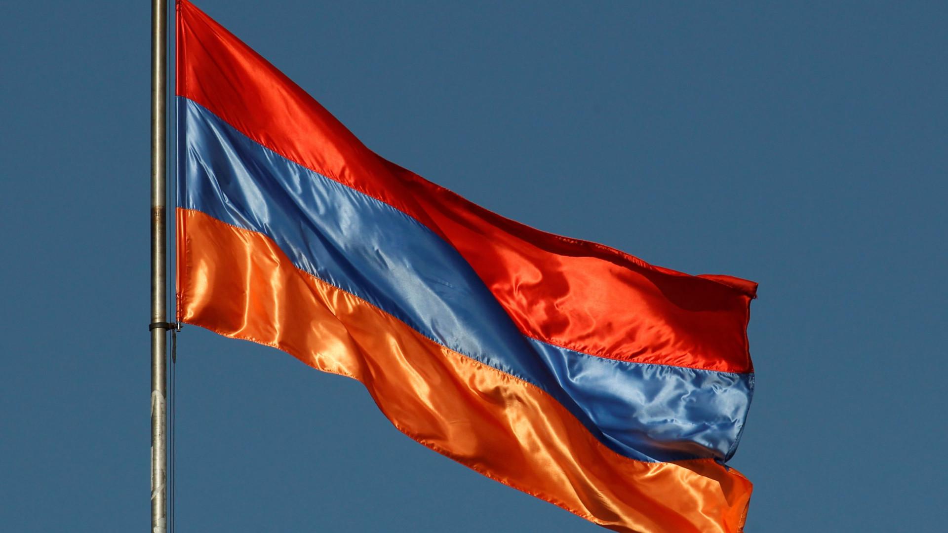 Ex-presidente da Arménia eleito primeiro-ministro pelo parlamento