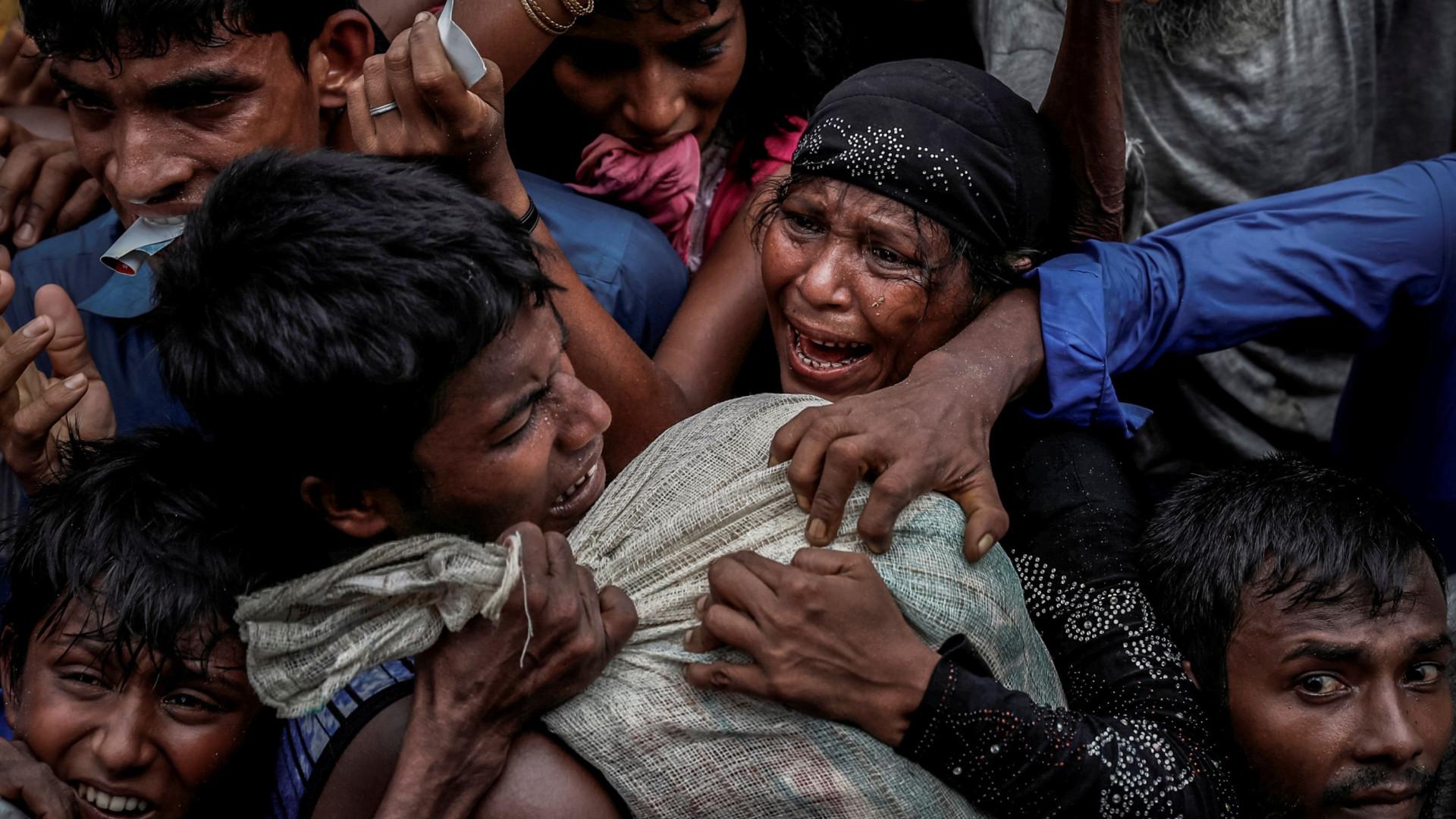 Amnistia culpa insurgentes rohingya de massacrar população hindu