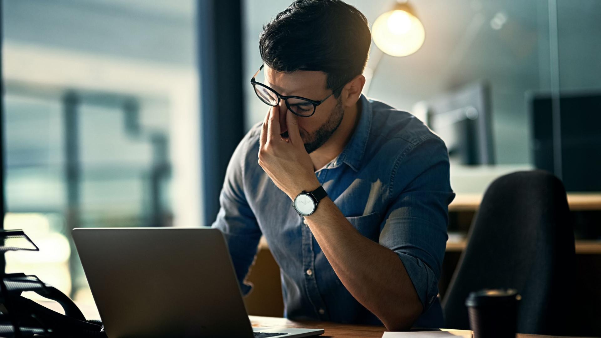 Seis exercícios para combater o sedentarismo no trabalho