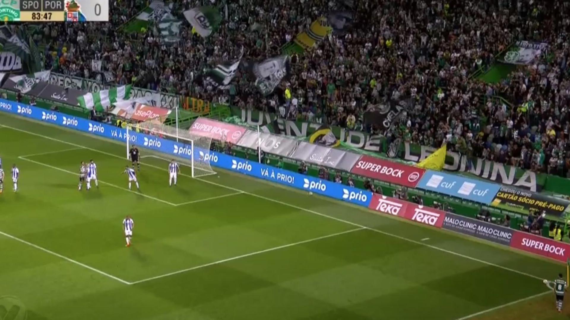 O golo de Coates que atirou o Sporting-FC Porto para o prolongamento