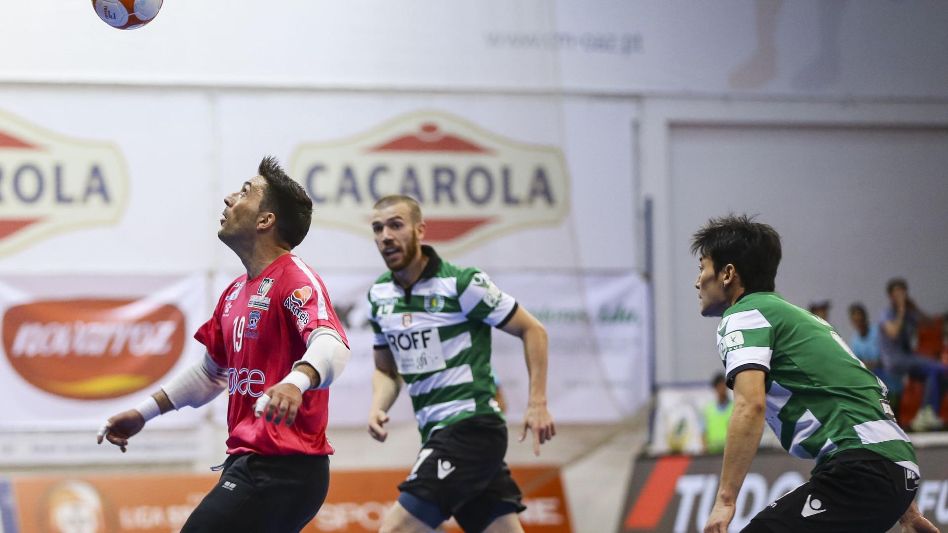 Futsal do Sporting partiu à conquista do título europeu
