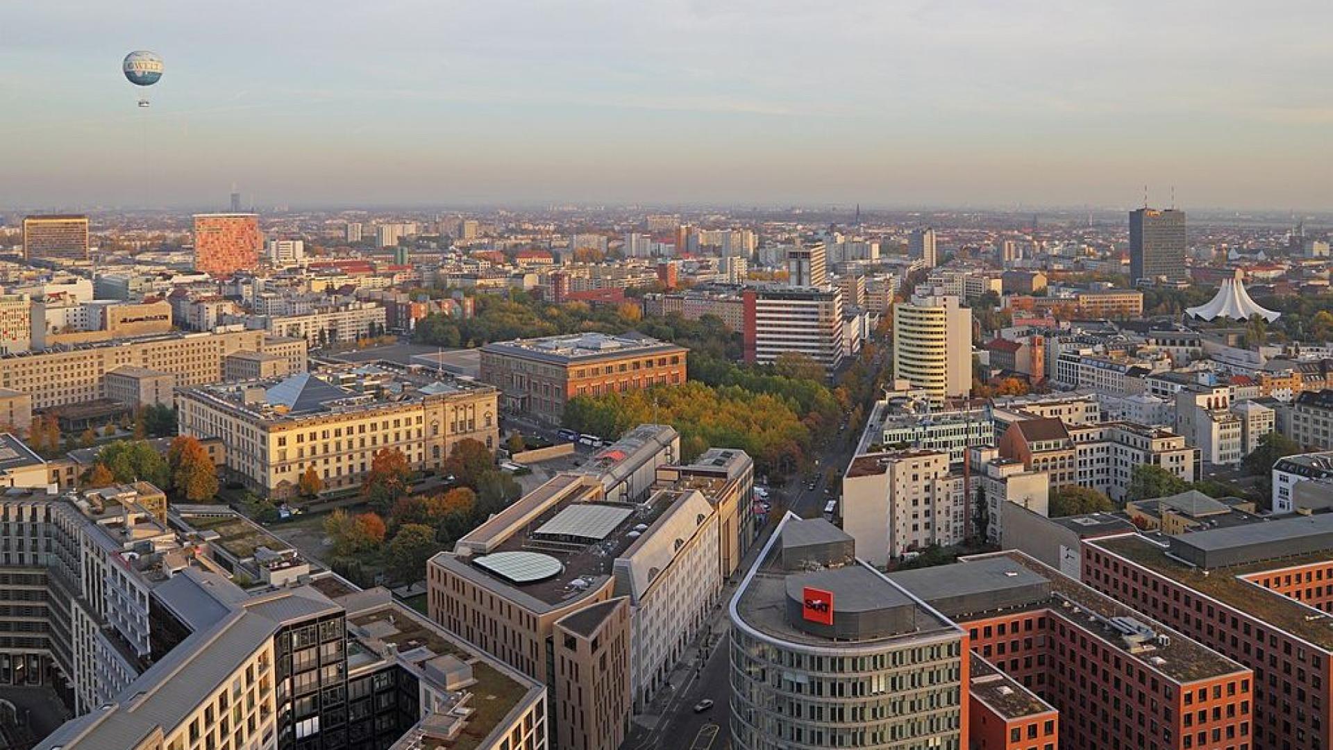 Desativação de bomba da II Guerra Mundial isola centro de Berlim