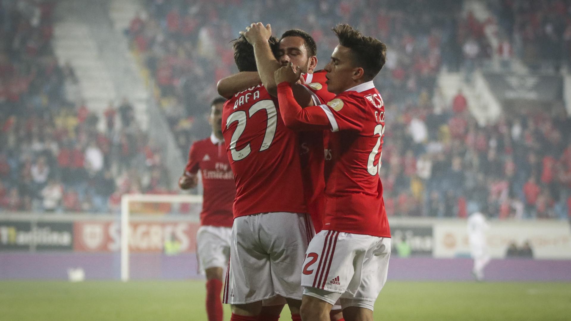 Último suspiro na Amoreira deixou Benfica vivo na luta pelo Penta