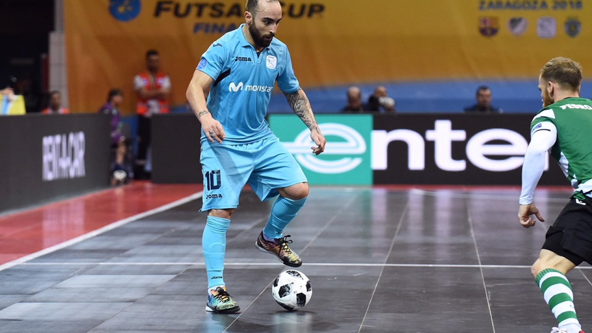 Ricardinho faz dedicatória especial após conquista da UEFA Futsal Cup