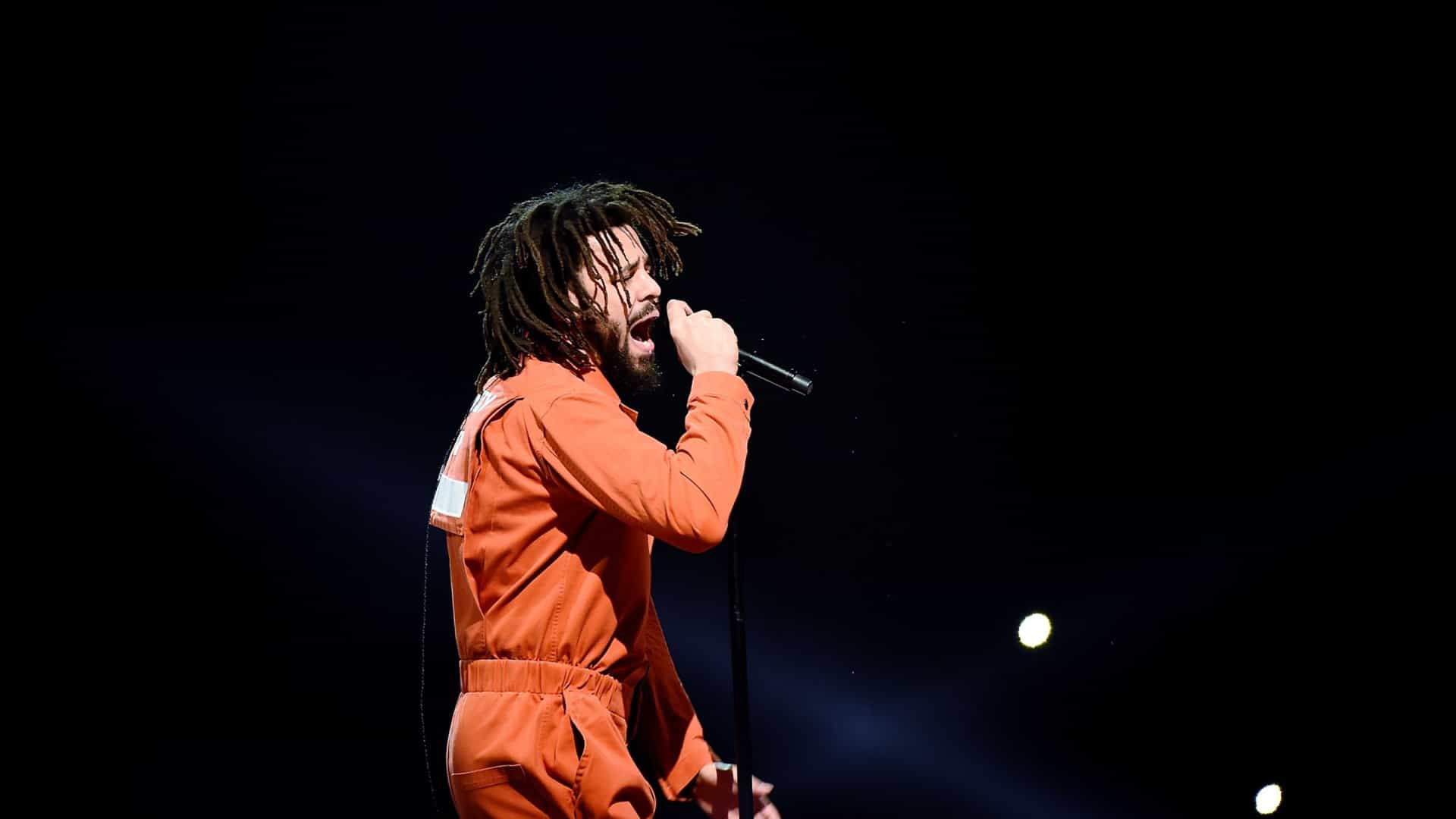 J. Cole é o novo recordista do Apple Music e Spotify