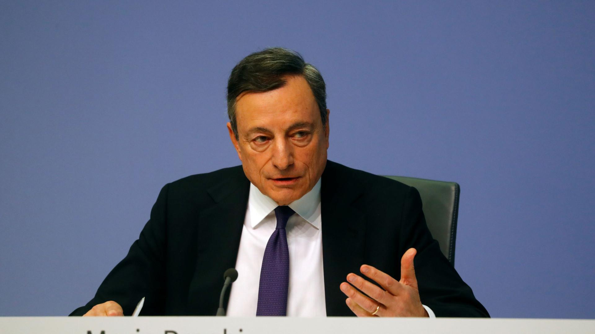 """Draghi destaca """"moderação"""" após """"vários trimestres de crescimento"""""""