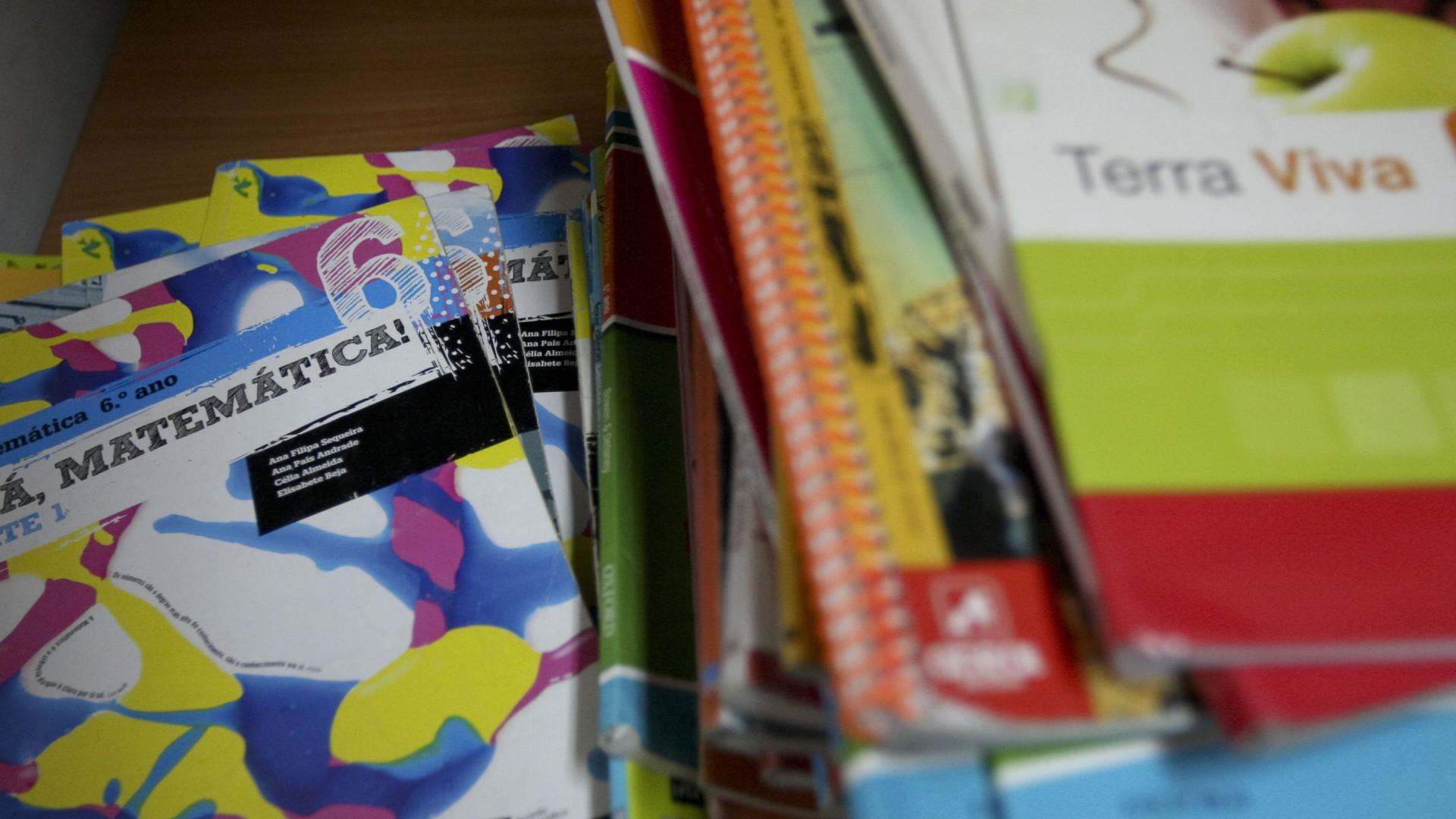 Famílias com menos rendimentos com mais acesso a manuais escolares usados