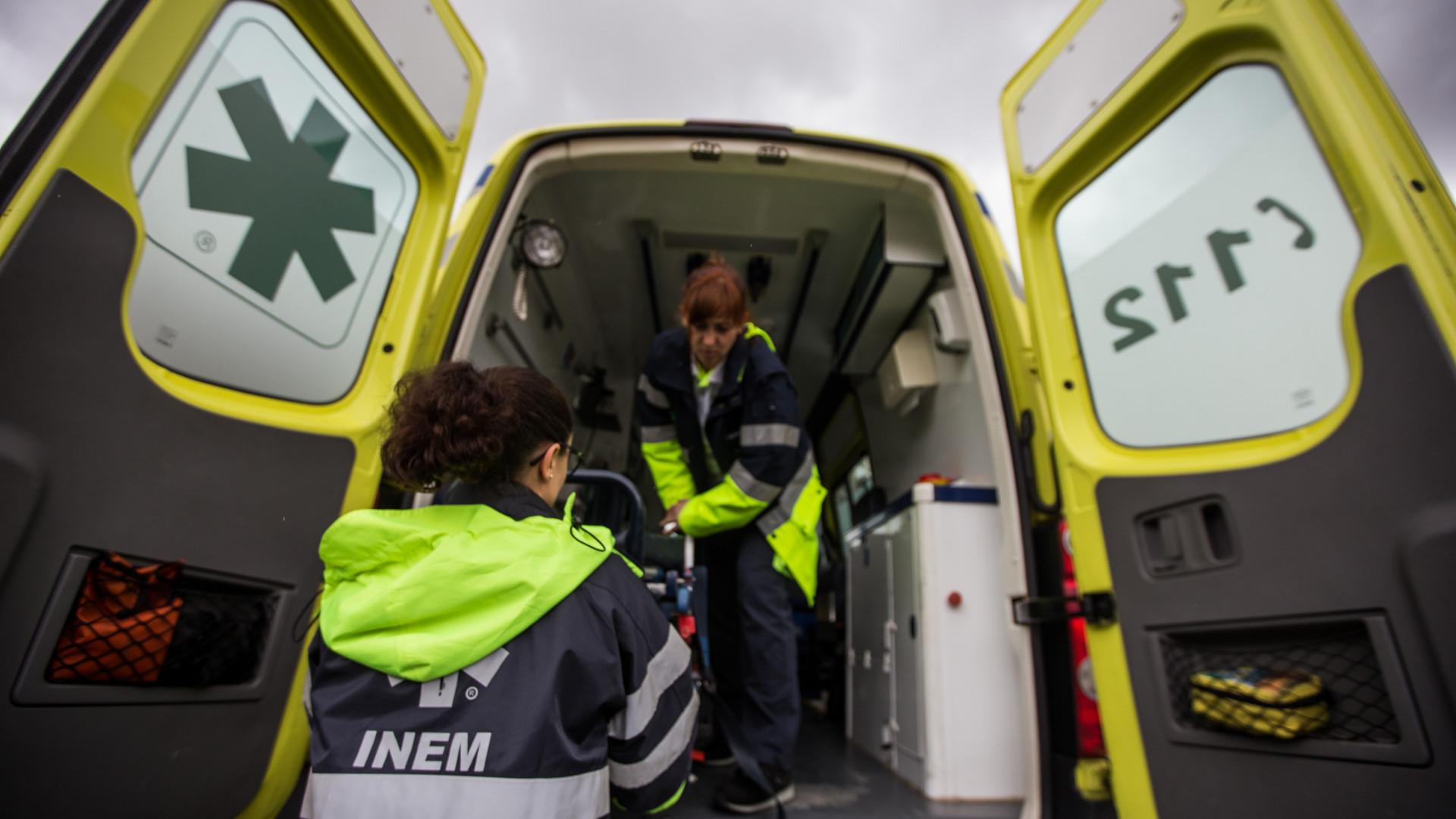 Quatro feridos, um grave, em colisão no IC20 entre a Costa e Almada