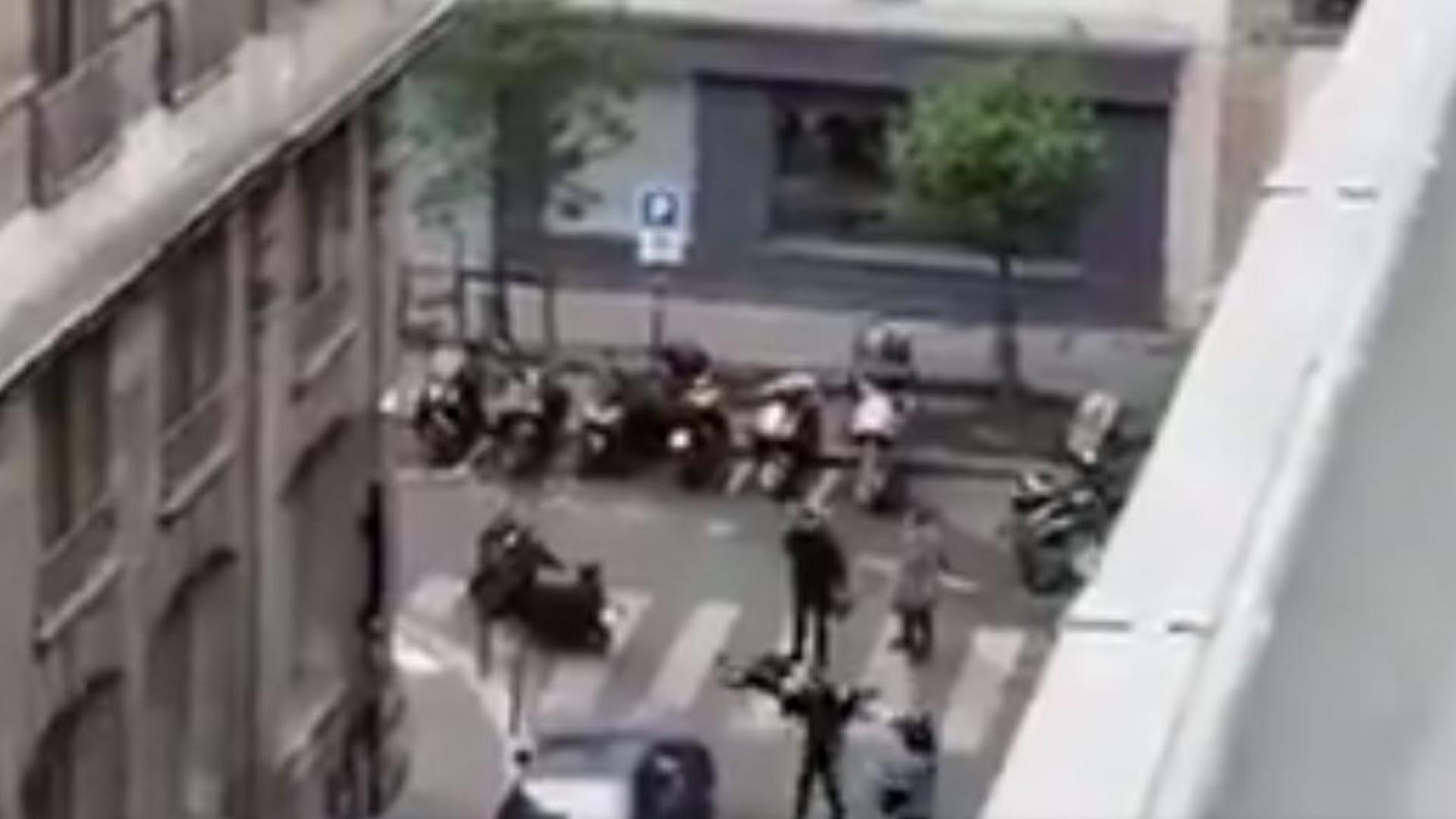 Um morto e pelo menos oito feridos após ataque em Paris