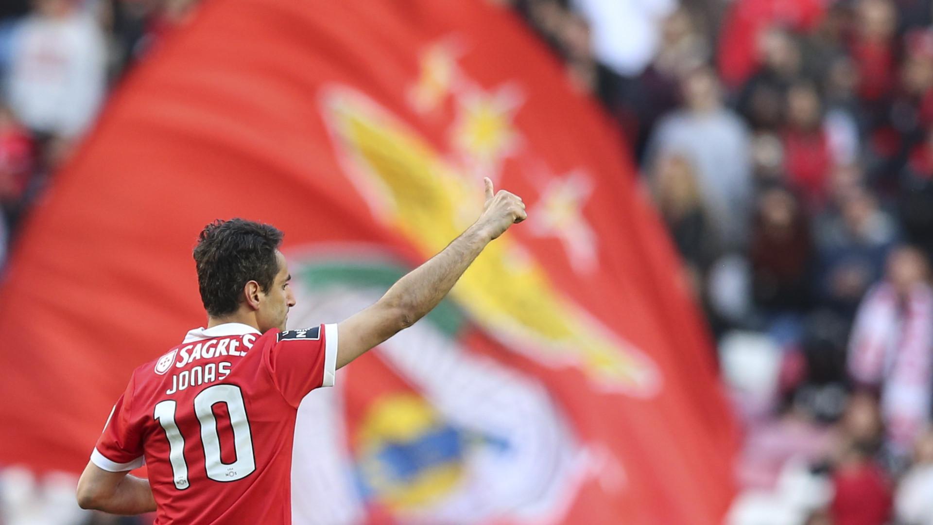 Oficial: Jonas anuncia renovação com o Benfica