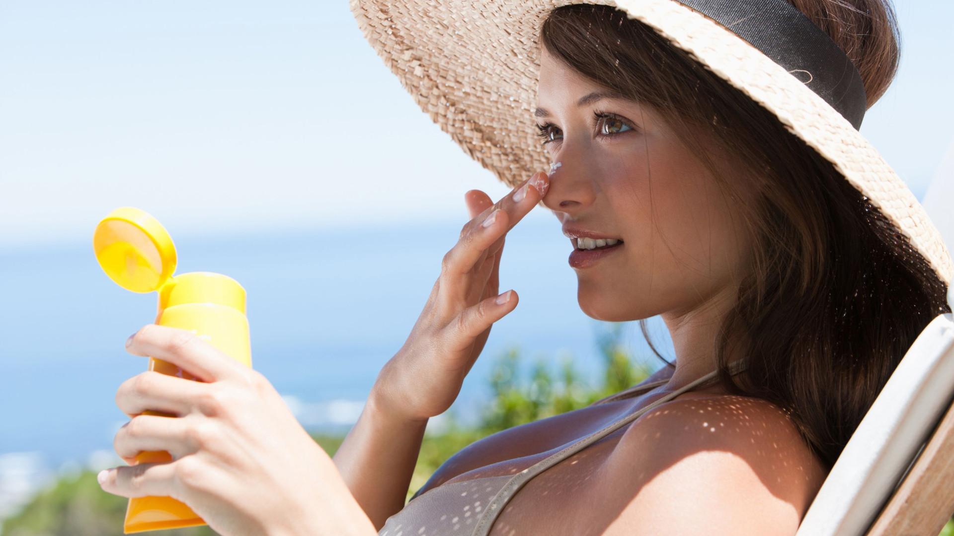 Deve usar menos protetor solar para apanhar mais vitamina D?