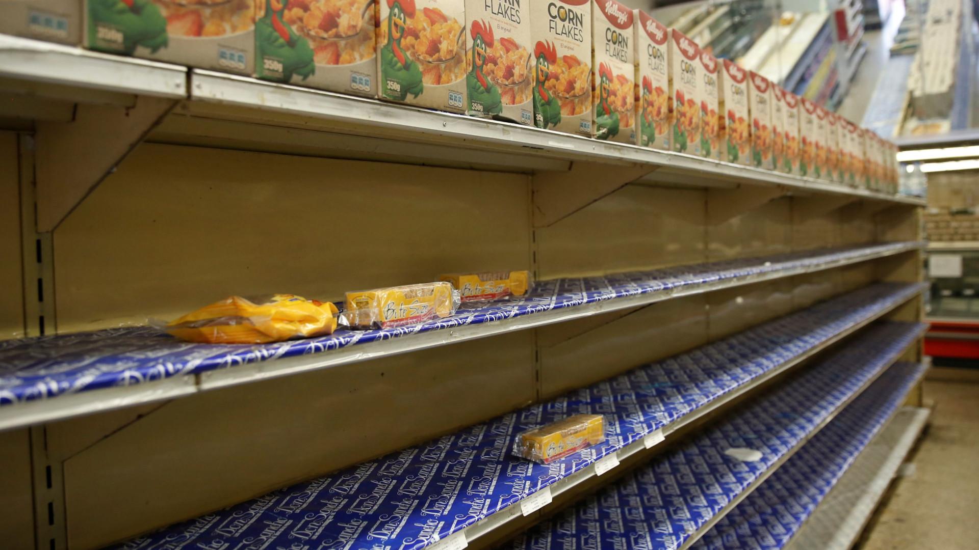 Venezuela ativa distribuição de produtos básicos em supermercados lusos
