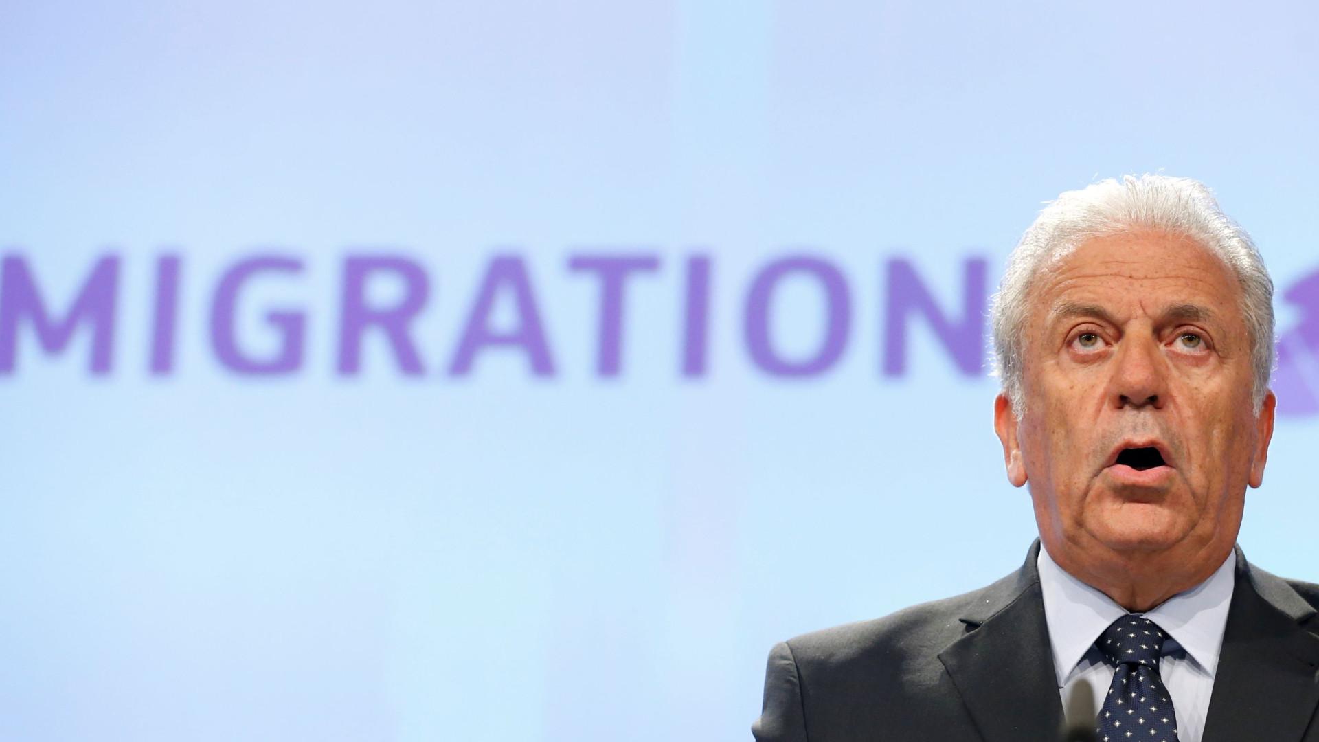 Bruxelas apela a reforço urgente de meios para patrulhar fronteiras