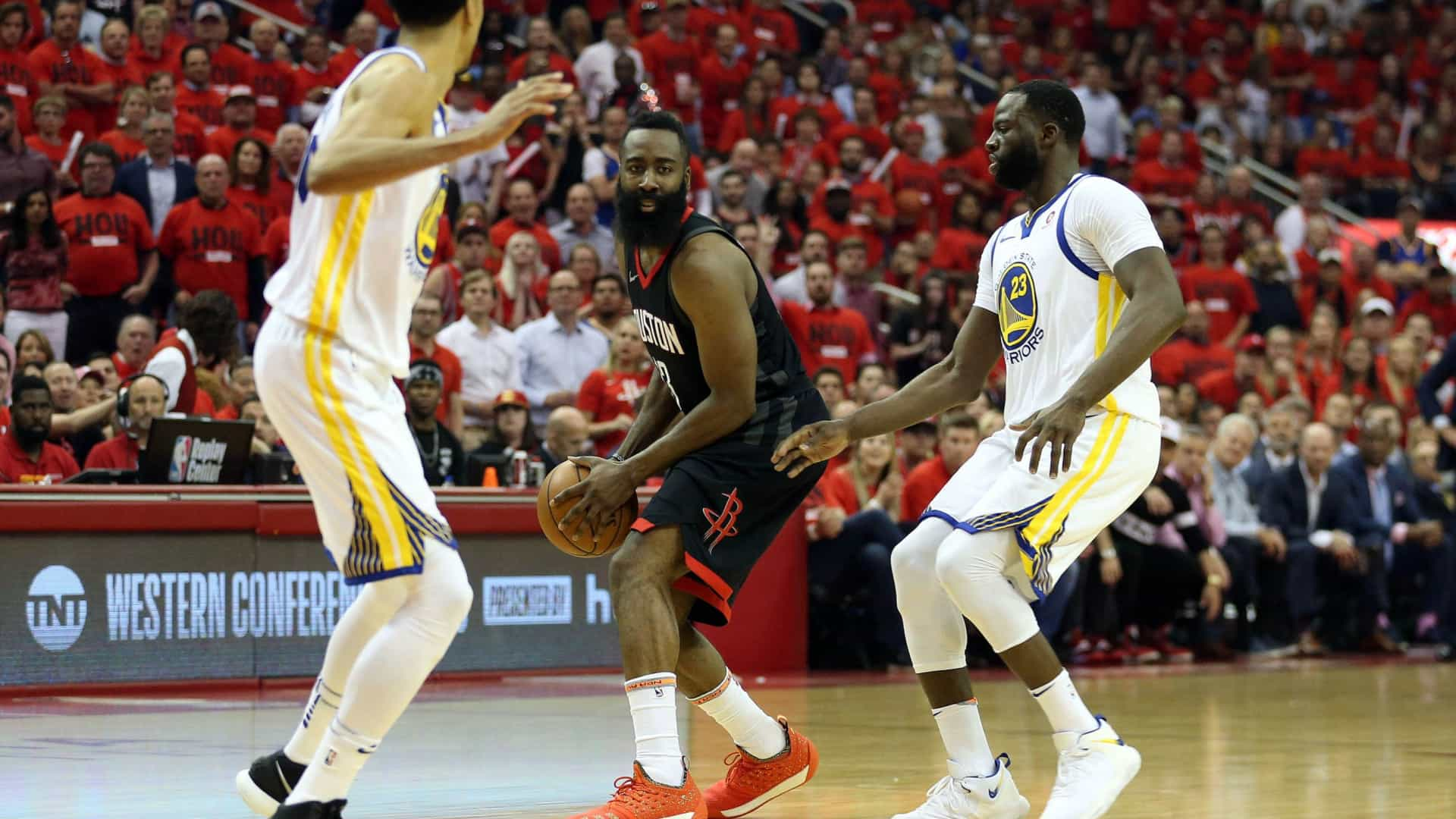 Rockets batem Warriors e empatam final da Conferência Oeste