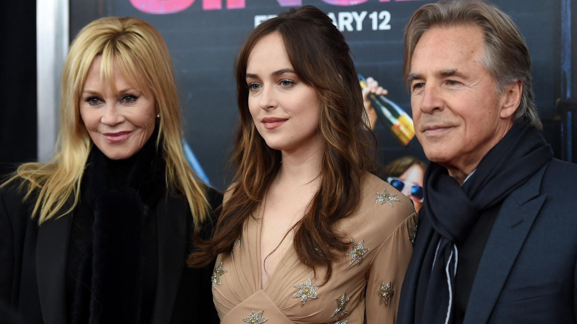 Pai de Dakota Johnson não viu a saga '50 Sombras de Grey'... nem quer ver