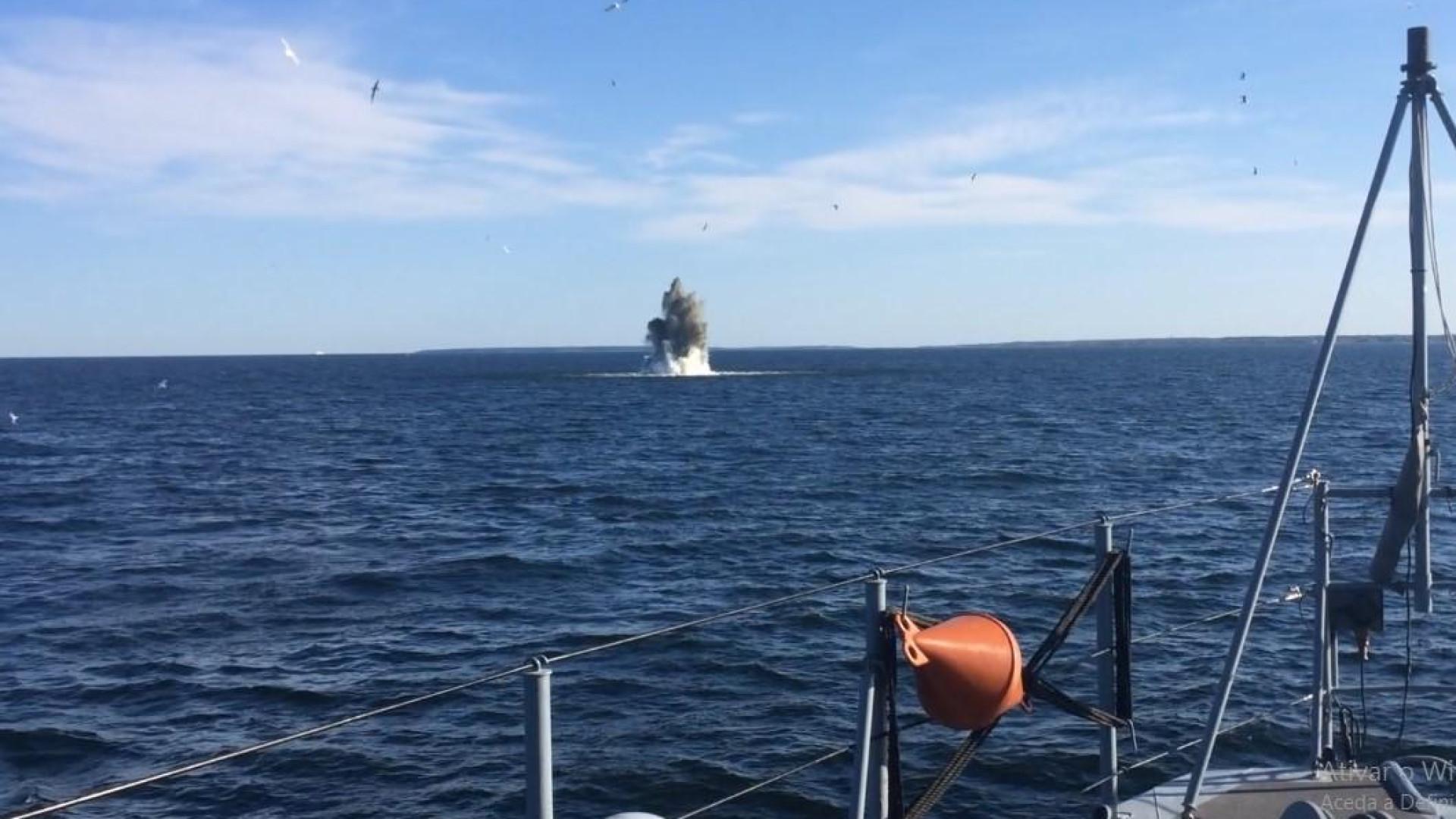 Mergulhadores da Marinha encontram mina russa e torpedo alemão no Báltico