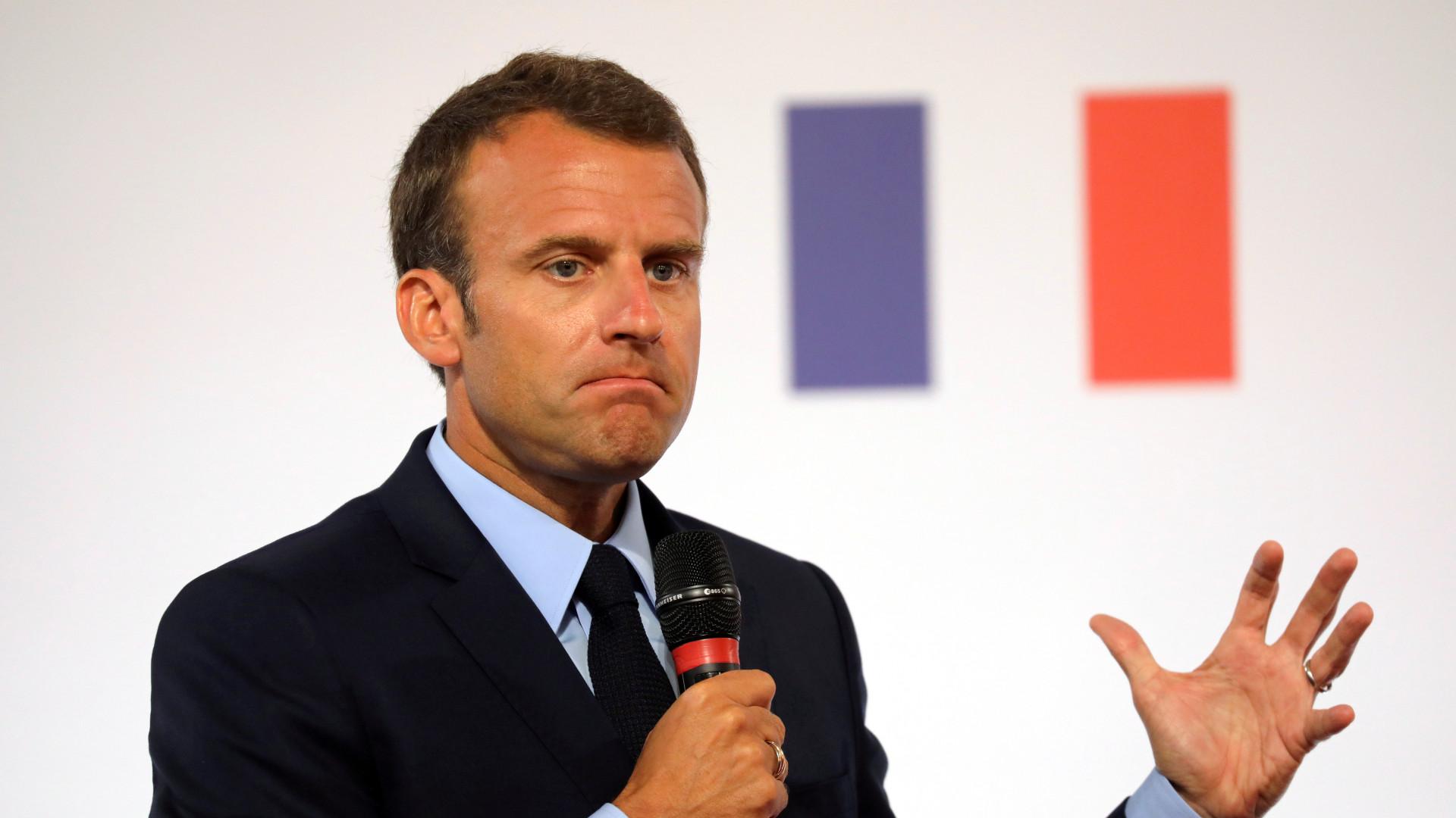Macron critica aumento do discurso racista e antissemita em França