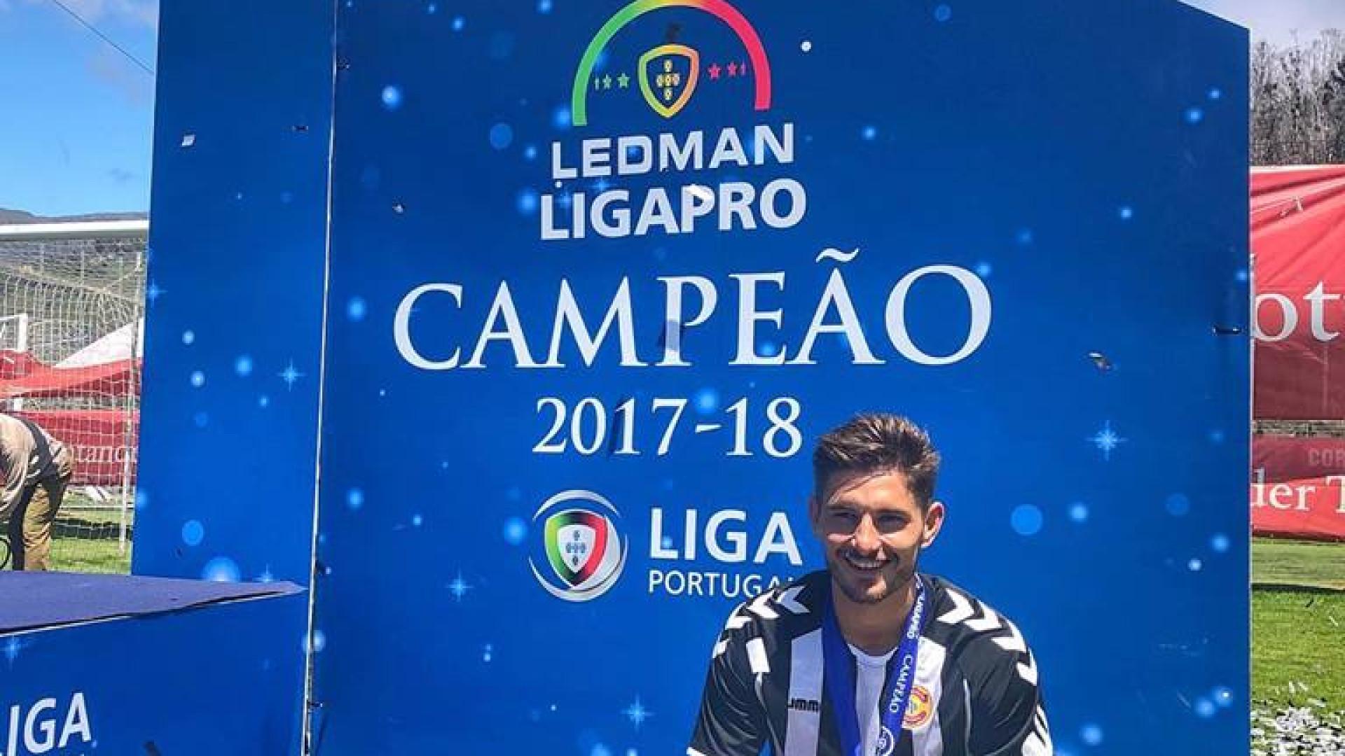 Mauro: O 'fotógrafo' que subiu o Nacional e sonha com a Premier League