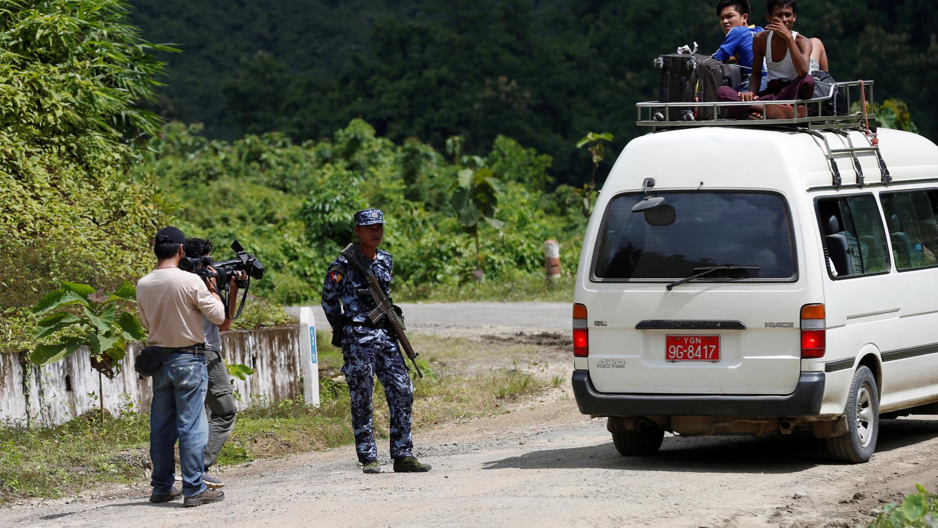 Milícia rohingya levou a cabo massacre em aldeia hindu
