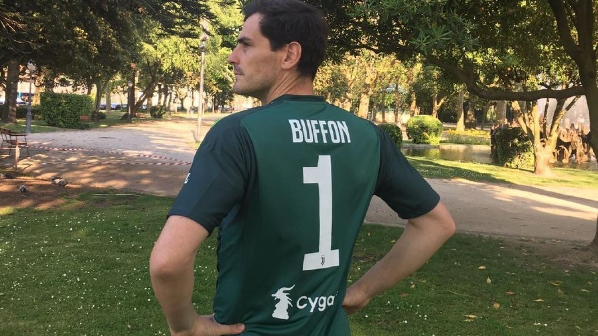 Casillas prestou homenagem a Buffon e 'assinou' pela Juventus