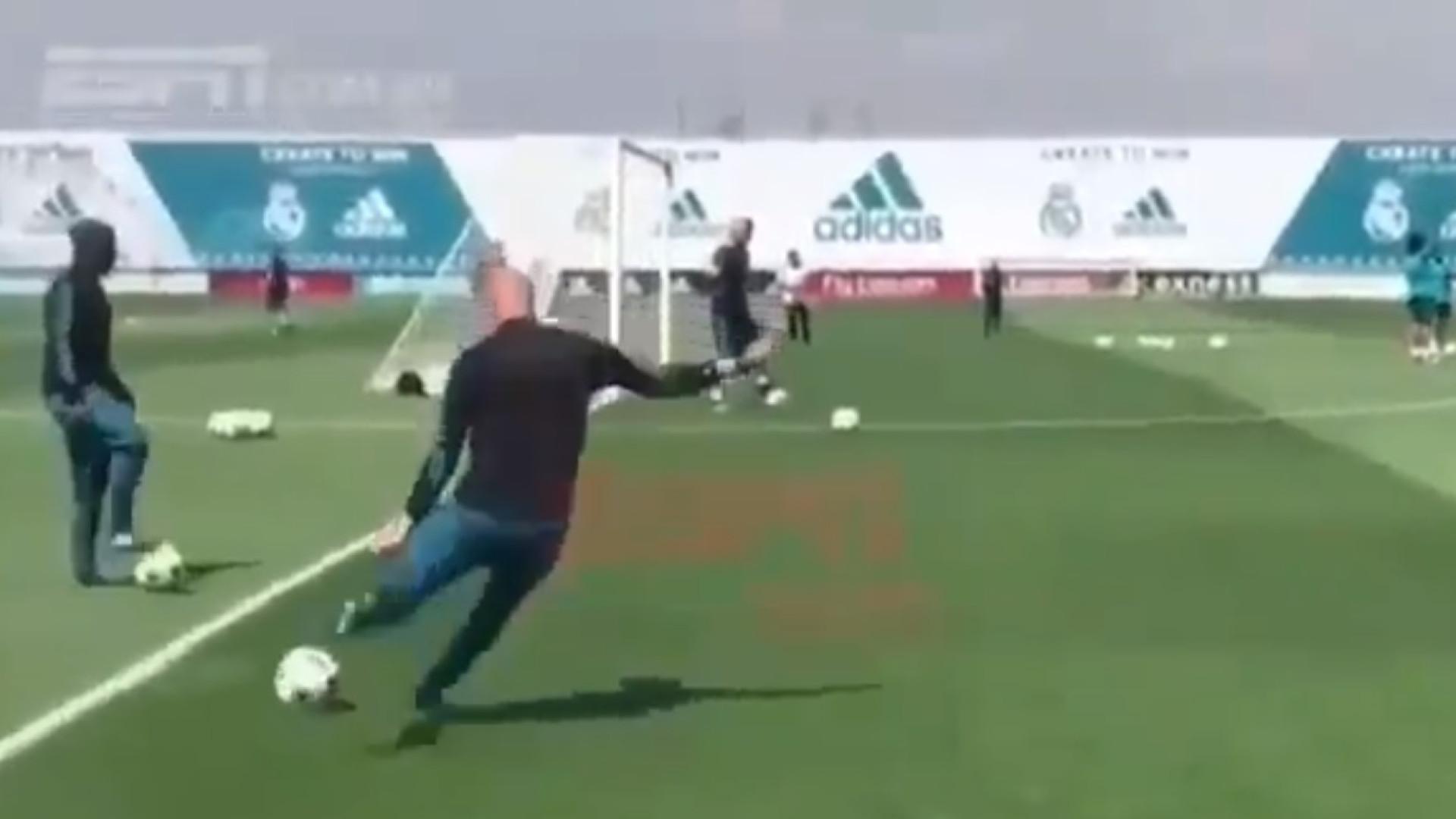 Este golo merece aplausos: Assinatura de CR7 e assistência de... Zidane