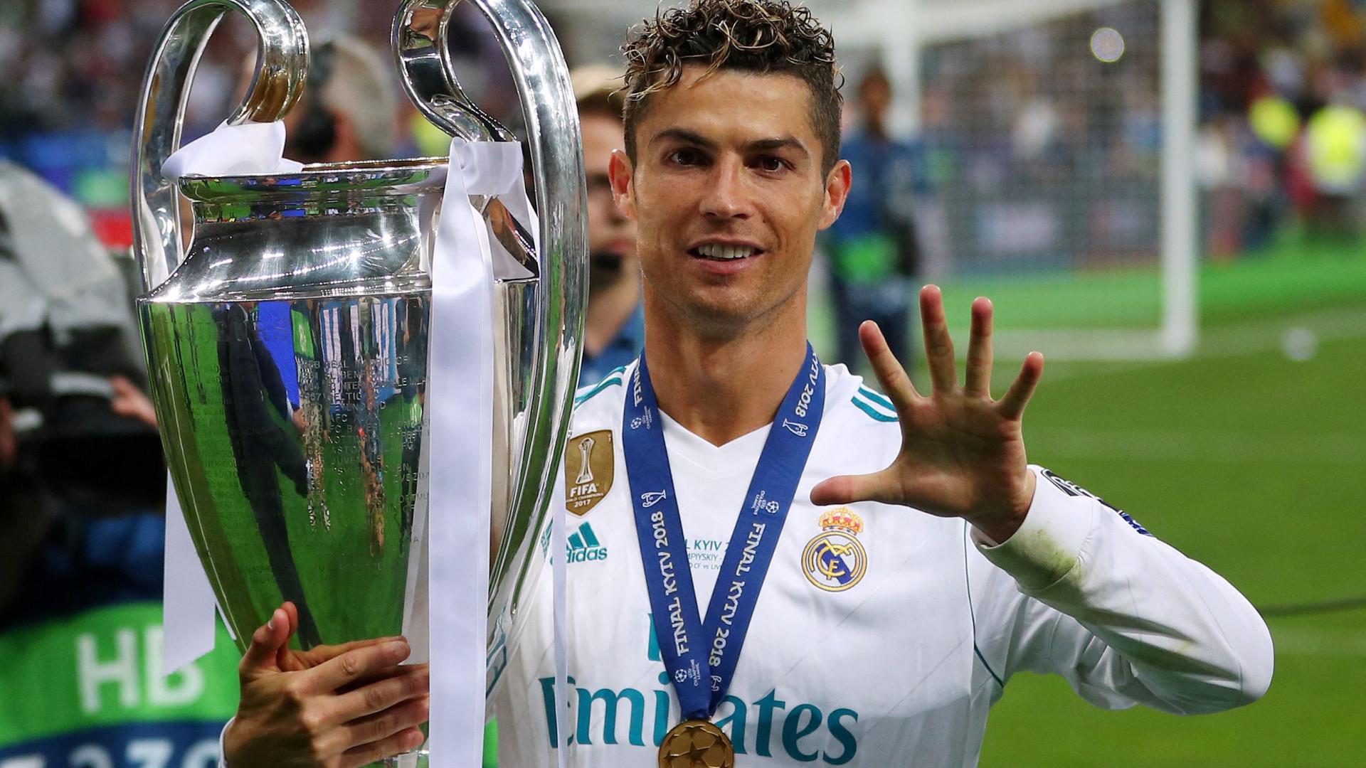 Cristiano Ronaldo alcançou em Kiev 'La Casa do Penta'. E agora, ciao?