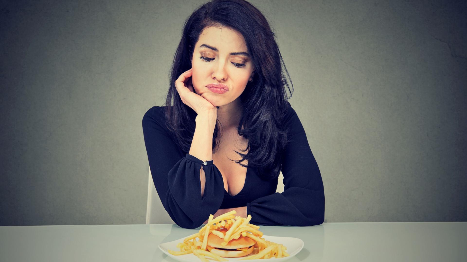 Mulheres passam milhares de horas obcecadas com o que comem