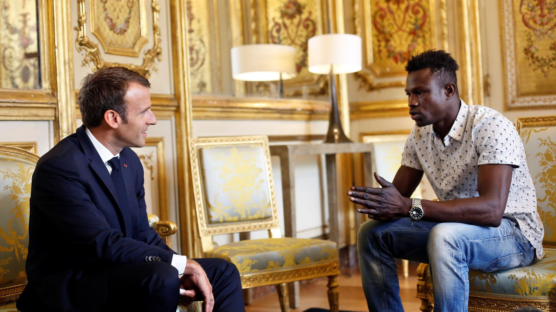 Herói do Mali que salvou criança vai receber nacionalidade francesa