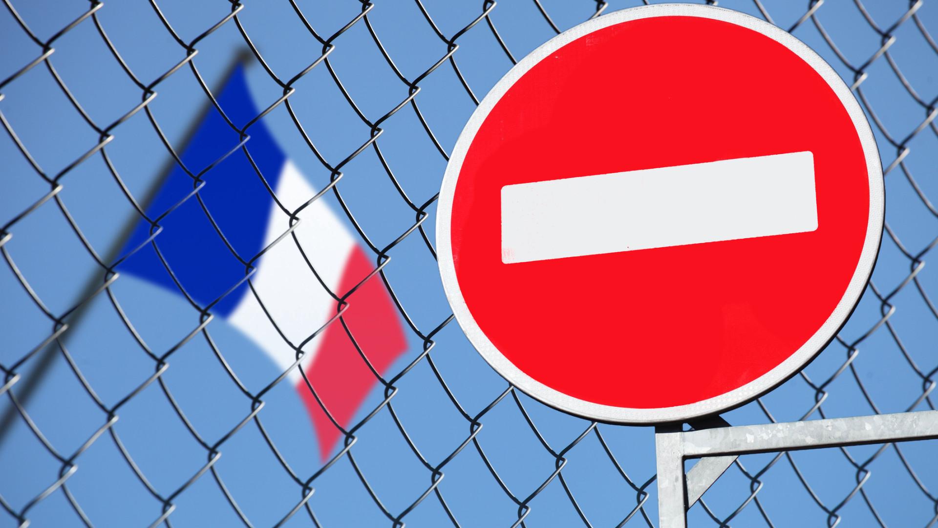 França não recebeu informação oficial de Itália para pedido de desculpas