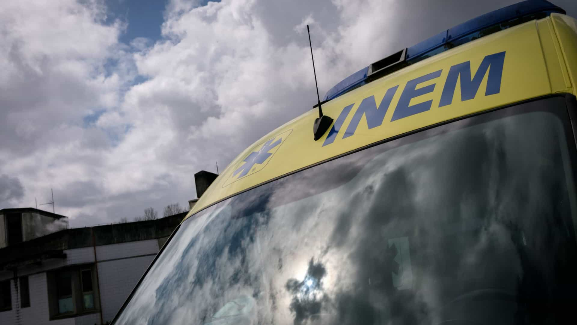 Um morto e um ferido em colisão no IC8, em Leiria. Trânsito condicionado
