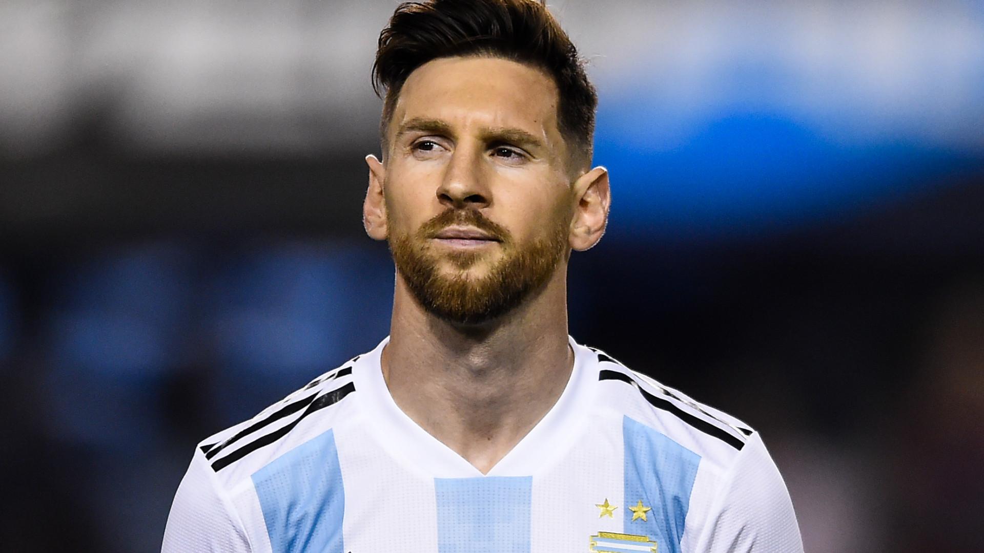 Messi aborda futuro incerto de Ronaldo e saída de Zidane