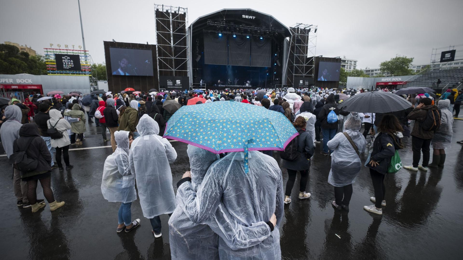 Além da chuva, o Primavera Sound acolheu o 'furacão' Nick Cave