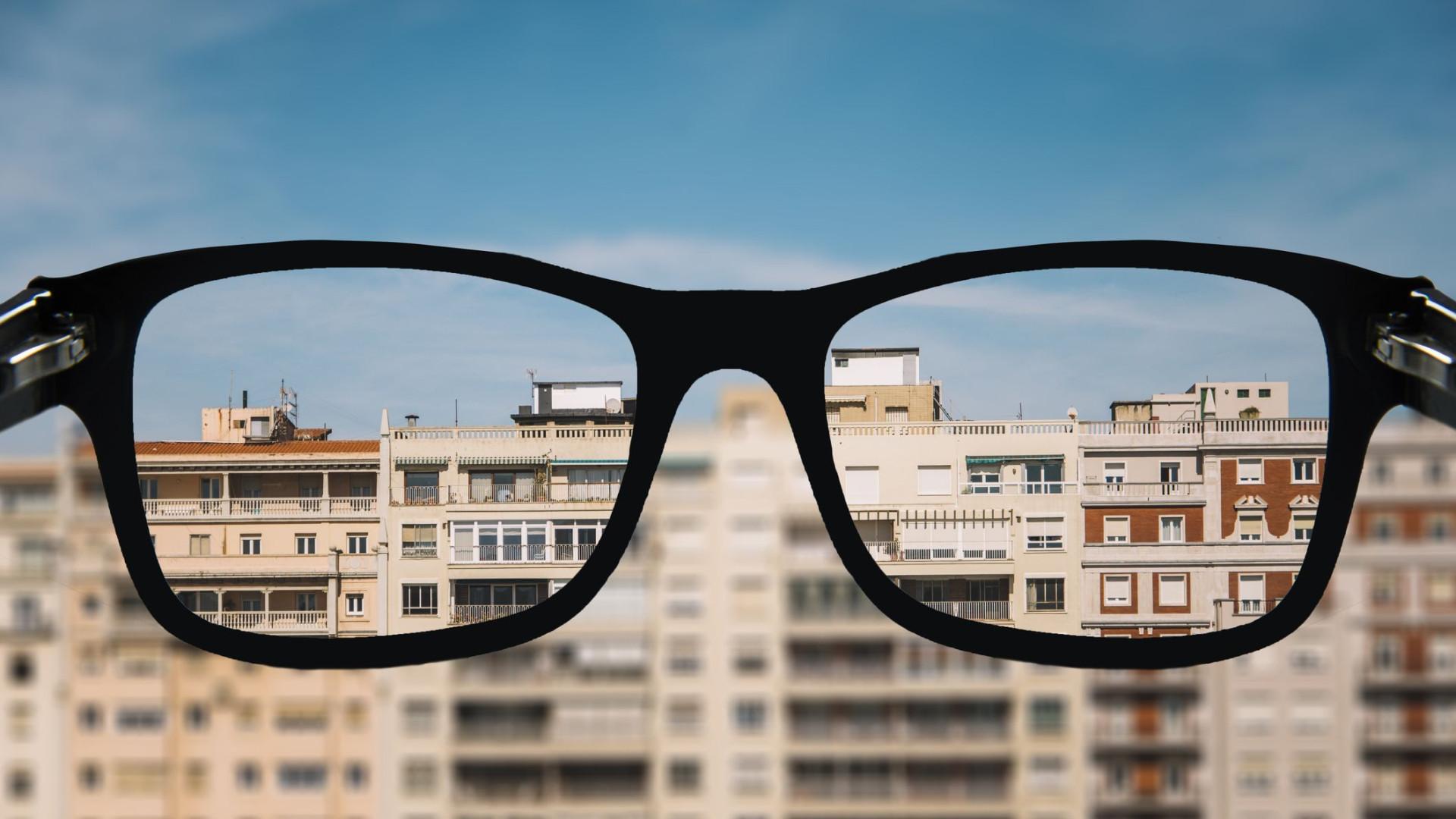 Quantos mais anos estudar, maior será o grau de miopia