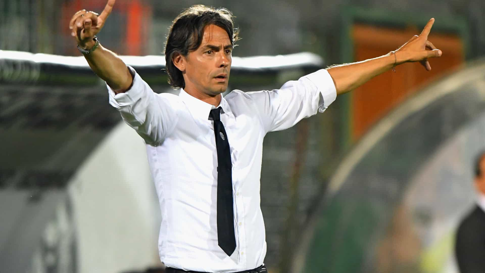 Pippo Inzaghi oficializado como novo treinador do Bolonha