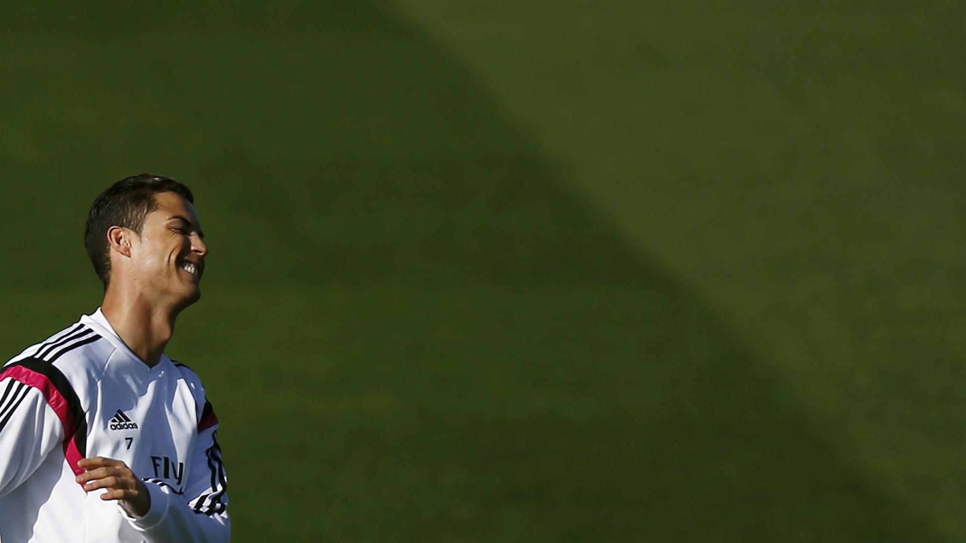 Divulgadas imagens das alegadas novas chuteiras de Cristiano Ronaldo c1679458458f2
